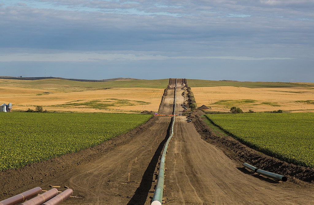 'Historic day' for Standing Rock as pipeline company told to shut down, remove oil