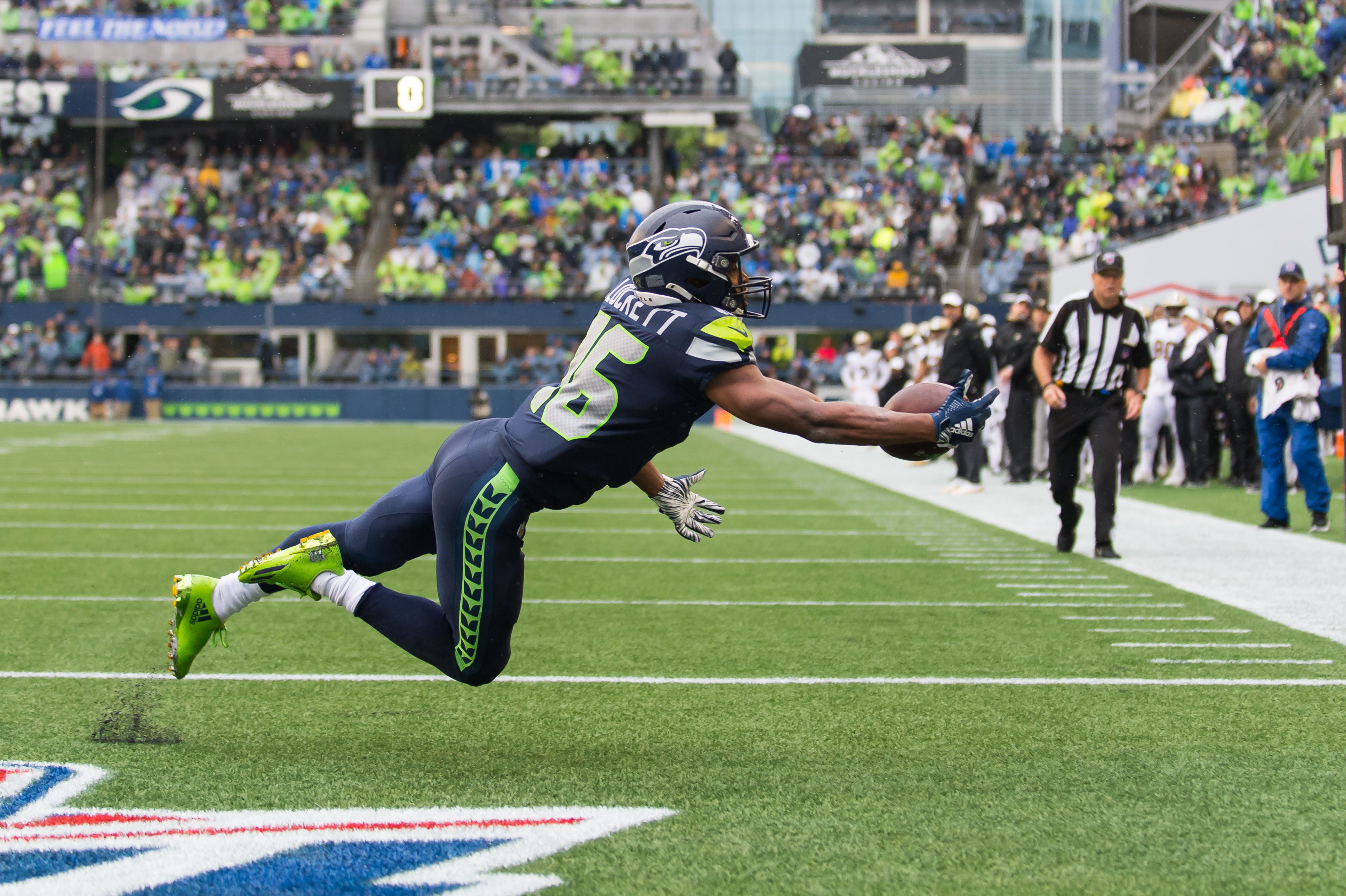Wilson: 'I'd Fight Anyone' in Support of Tyler Lockett as One of the NFL's  Best Receivers