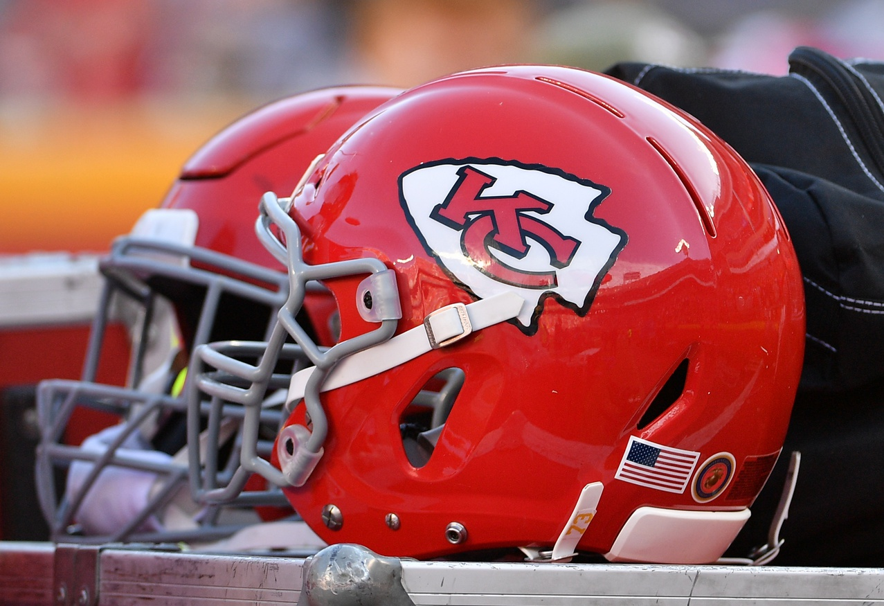 Chiefs' Equipment Arrives at Gillette Stadium After Delay