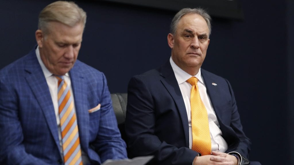 Report: Broncos 'Very Pleased' With Vic Fangio's First Season as Head Coach