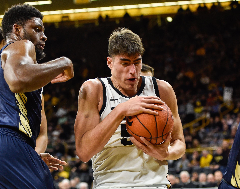 Men's Basketball Breakdown: Iowa vs. Cal Poly