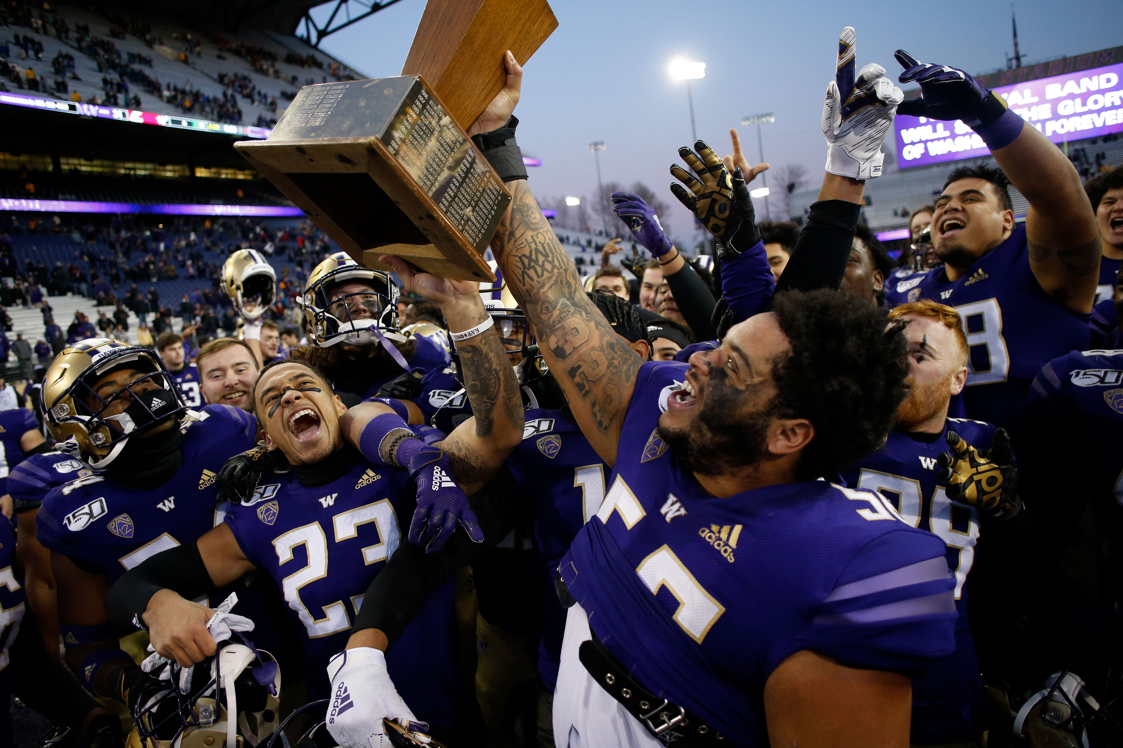 Secondary School: UW Delivers a Defensive Lesson, Tops Cougs 31-13