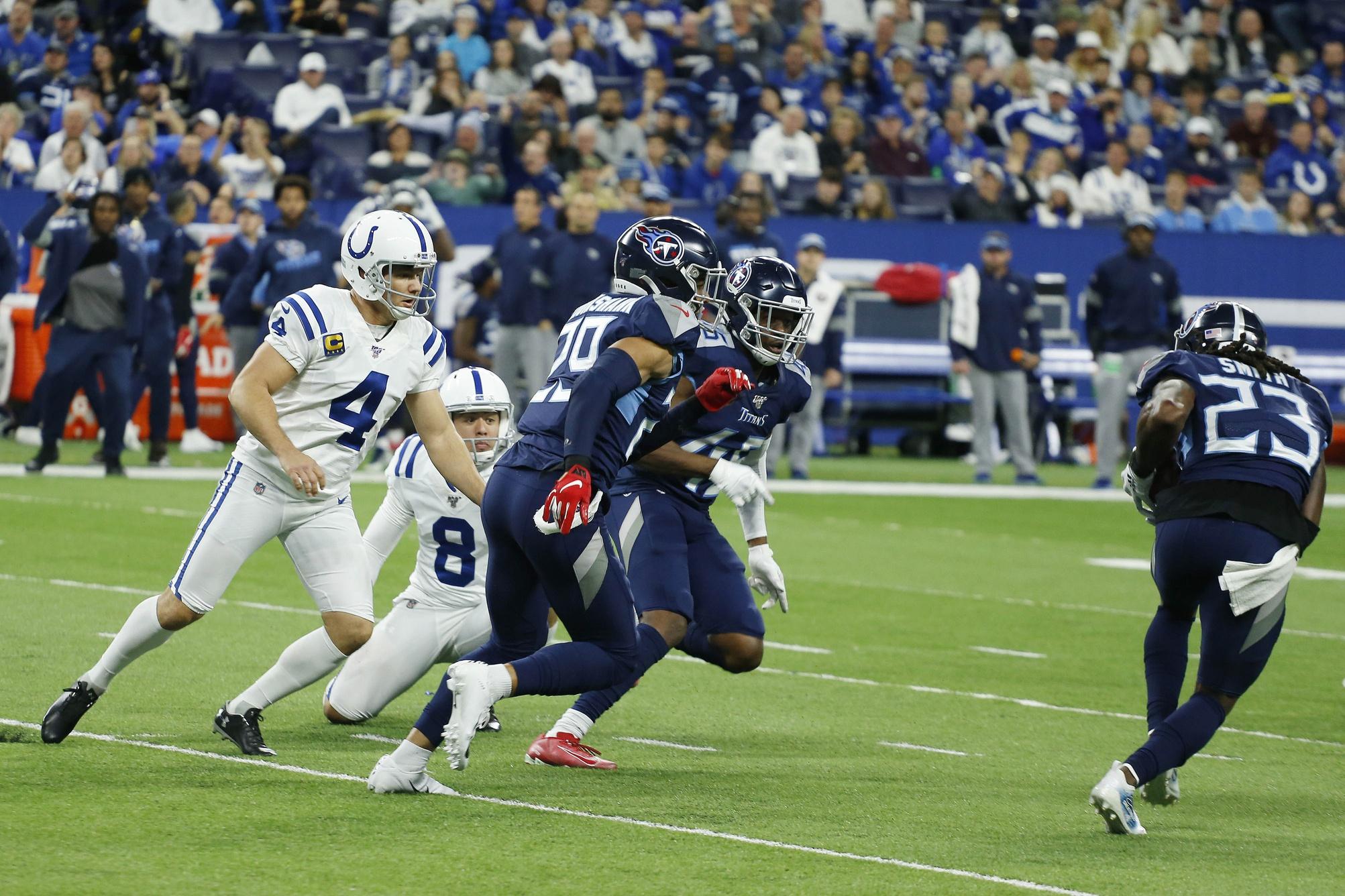 Blocked Kick Sends Surging Titans Past Colts