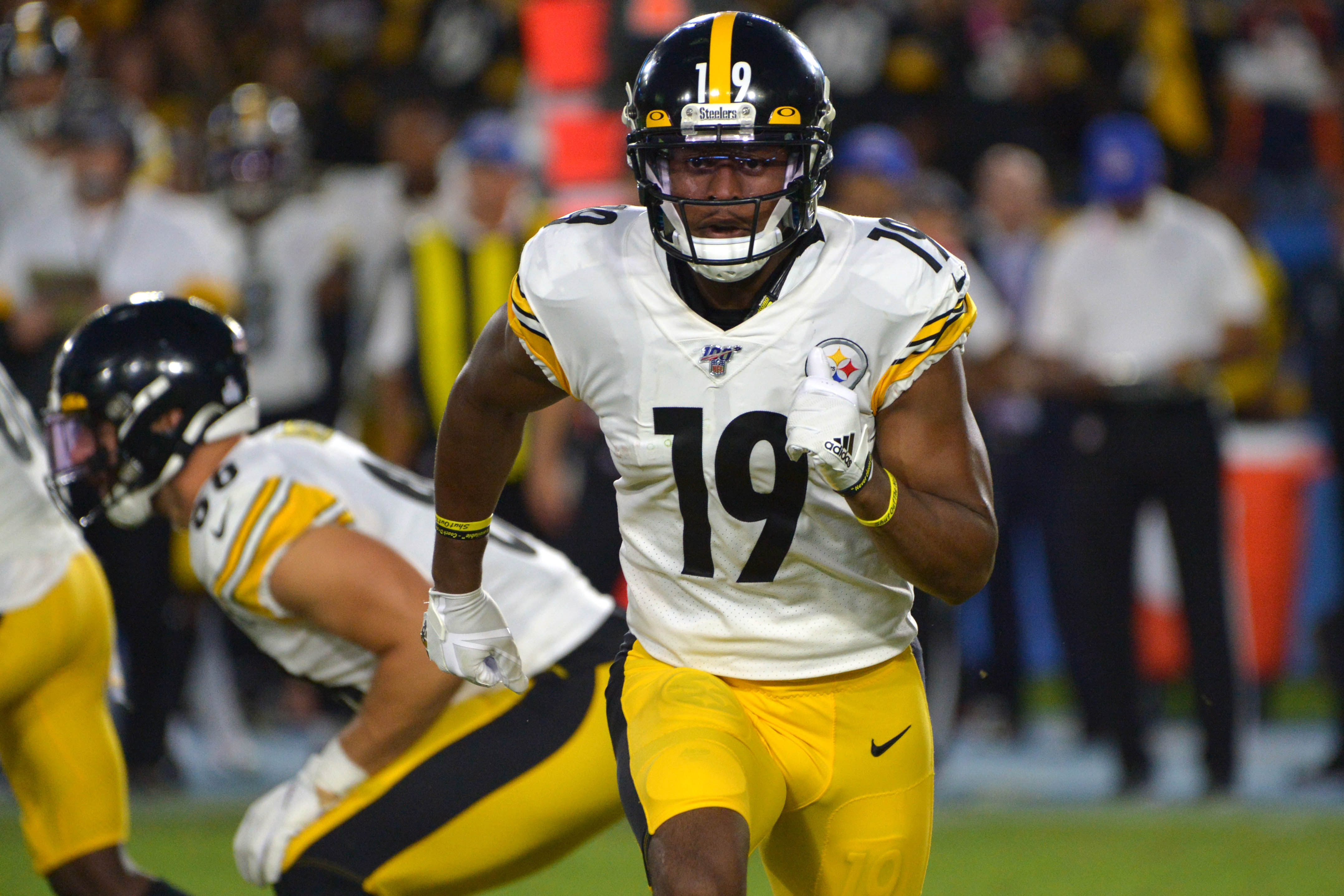 Steelers James Conner, JuJu Smith-Schuster Out vs Cardinals