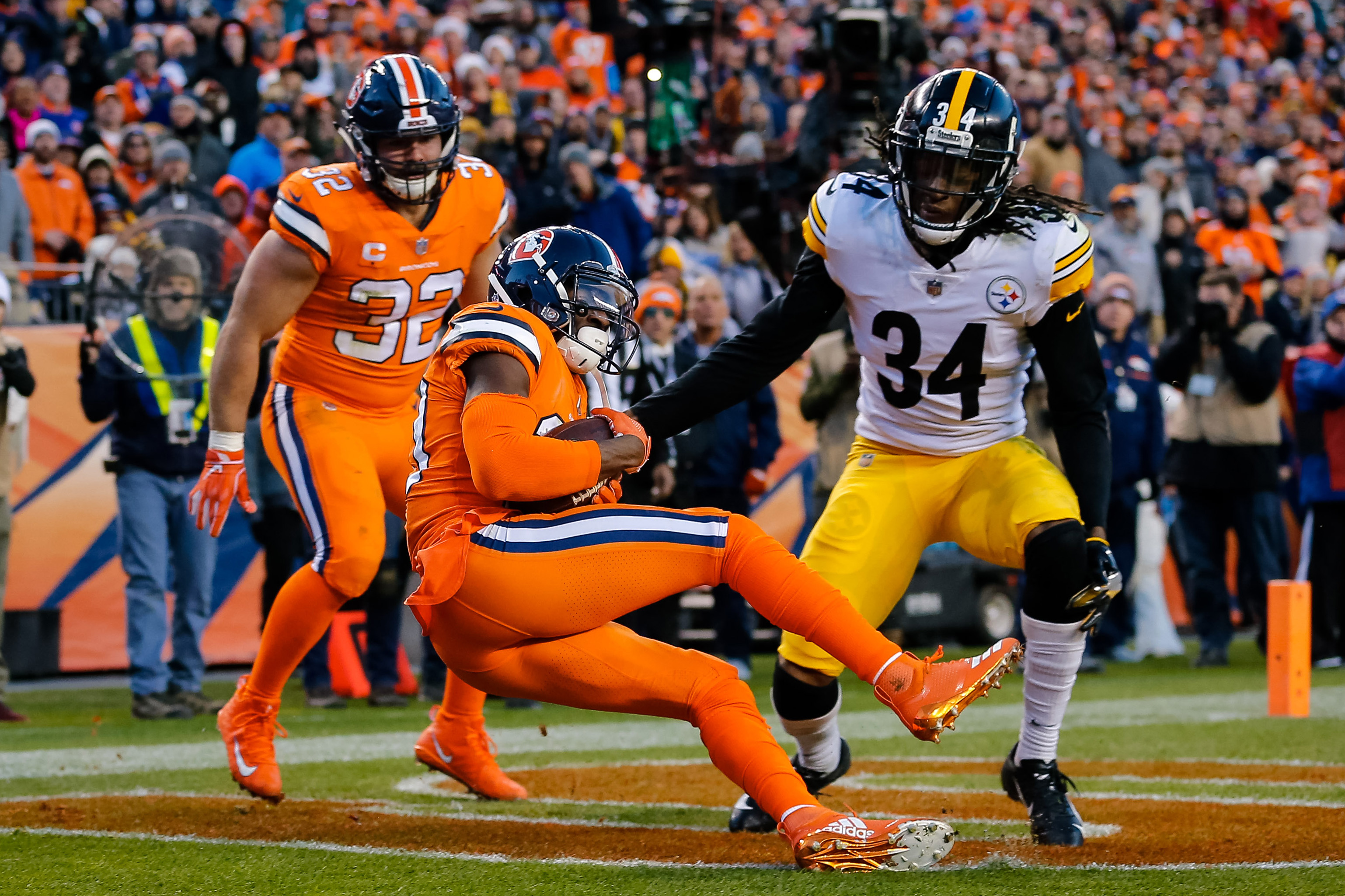 """""""In the NFL There's No Easy Teams"""": Keith Butler Knows Steelers Are No Stranger to Overlooking Teams"""