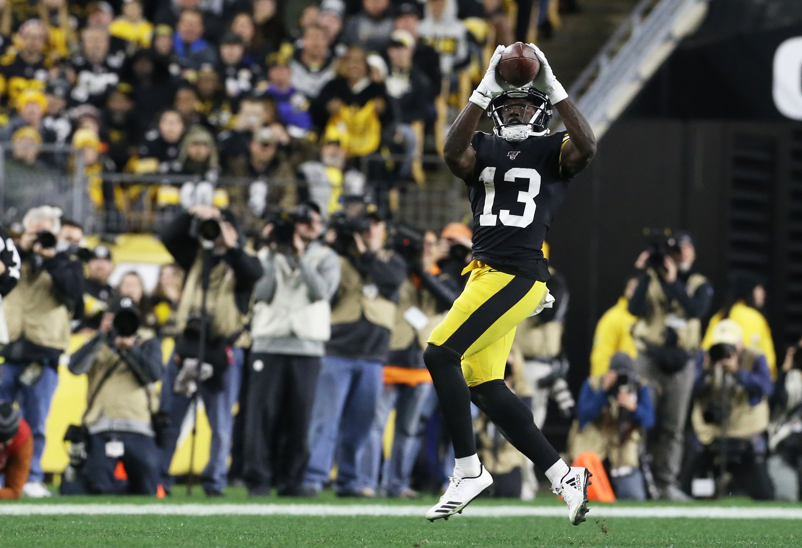 Like Larry Fitzgerald, James Washington Is Playing with the 'Cards' He Was Dealt