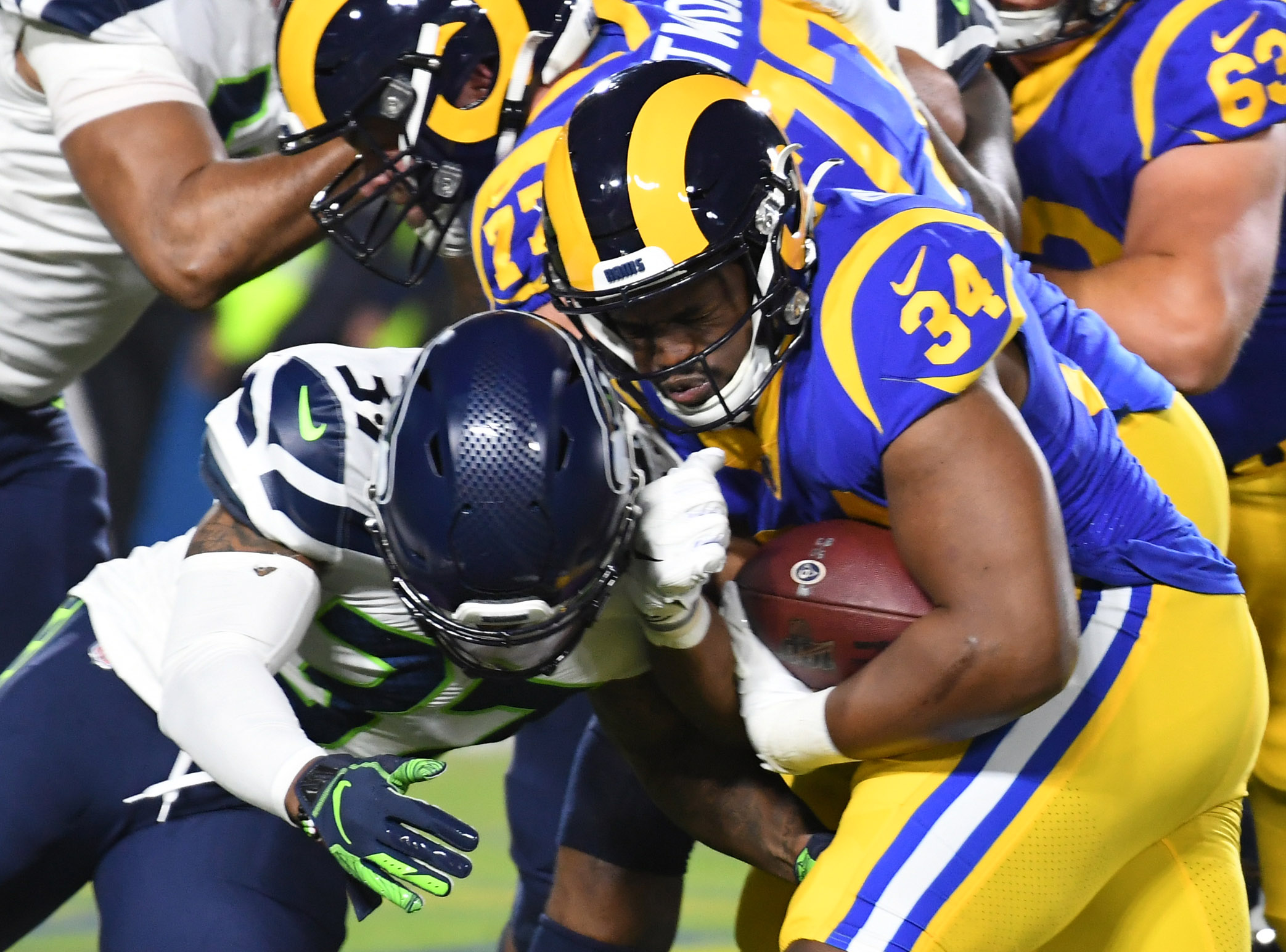 Seahawks Outclassed by Rams, Drop First Road Game of 2019