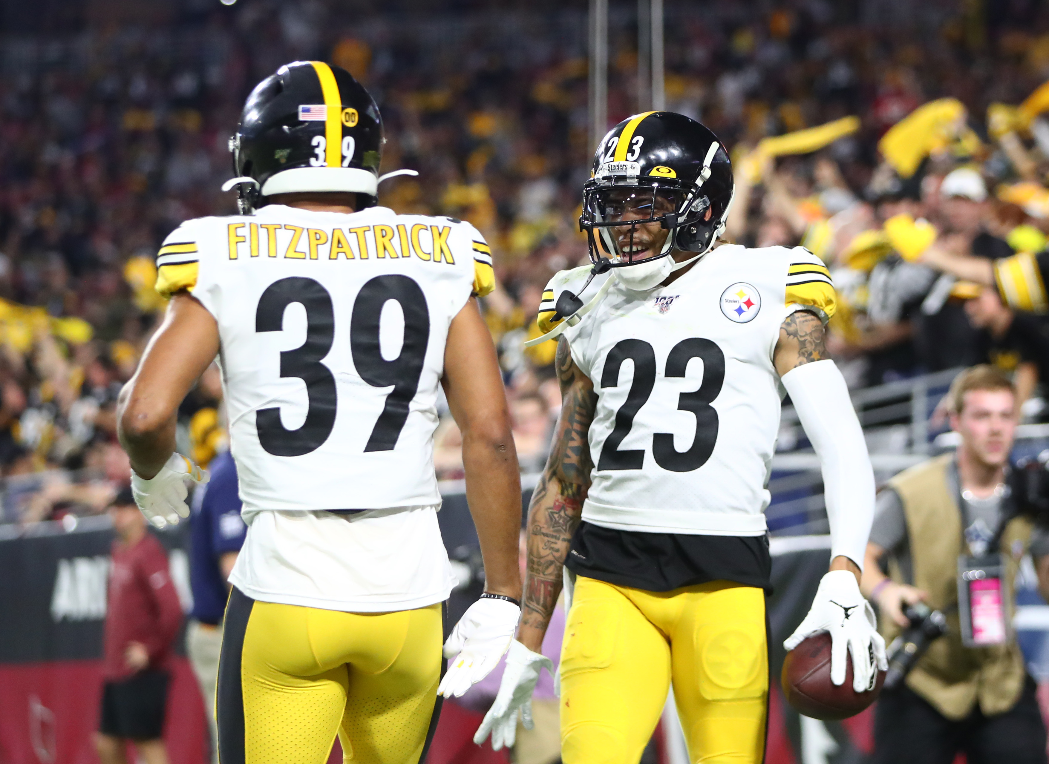 3 Standouts: Steelers Offense Awakens While Joe Haden Does It Again