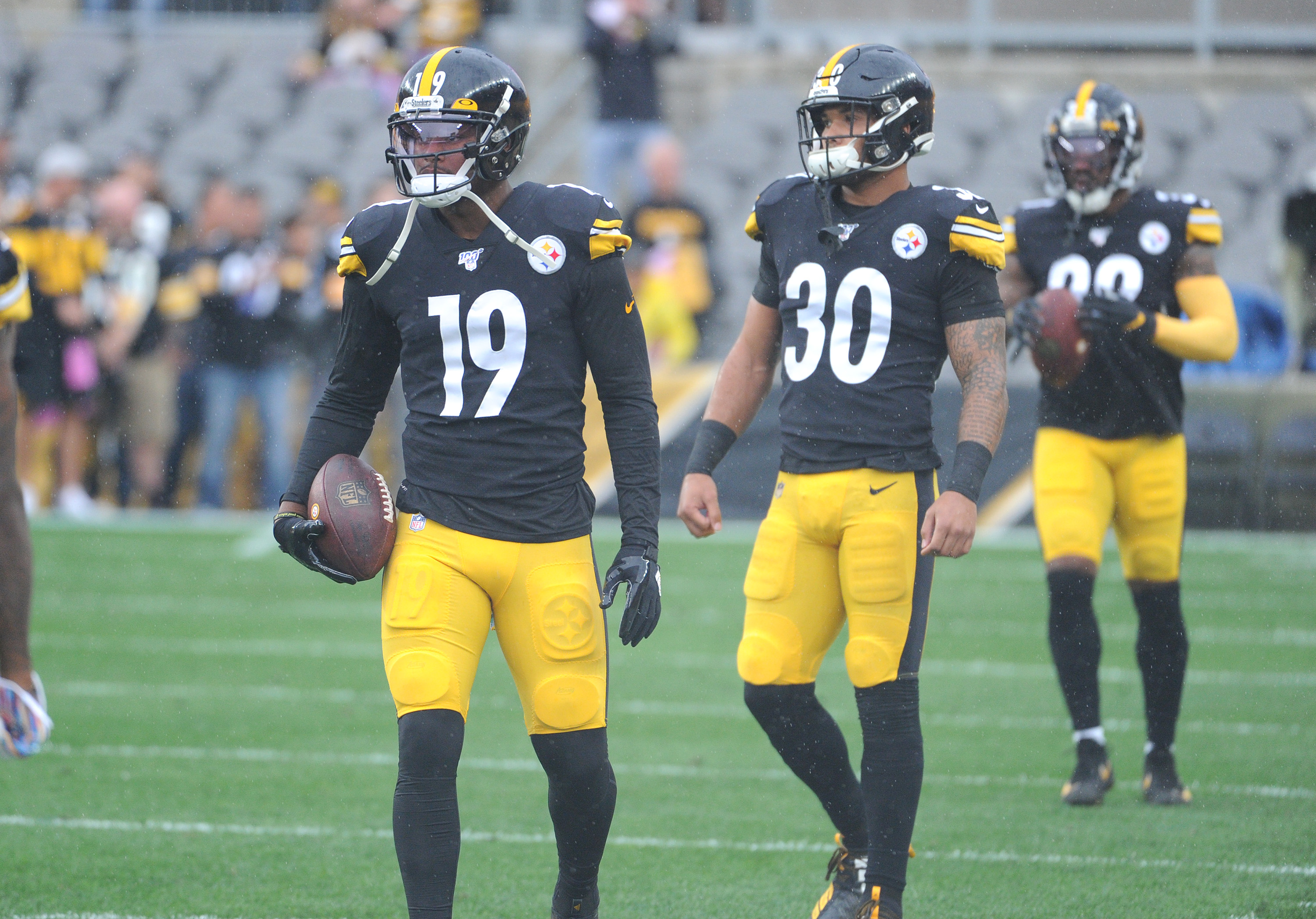 Steelers James Conner, JuJu Smith-Schuster Expected to Return to Practice