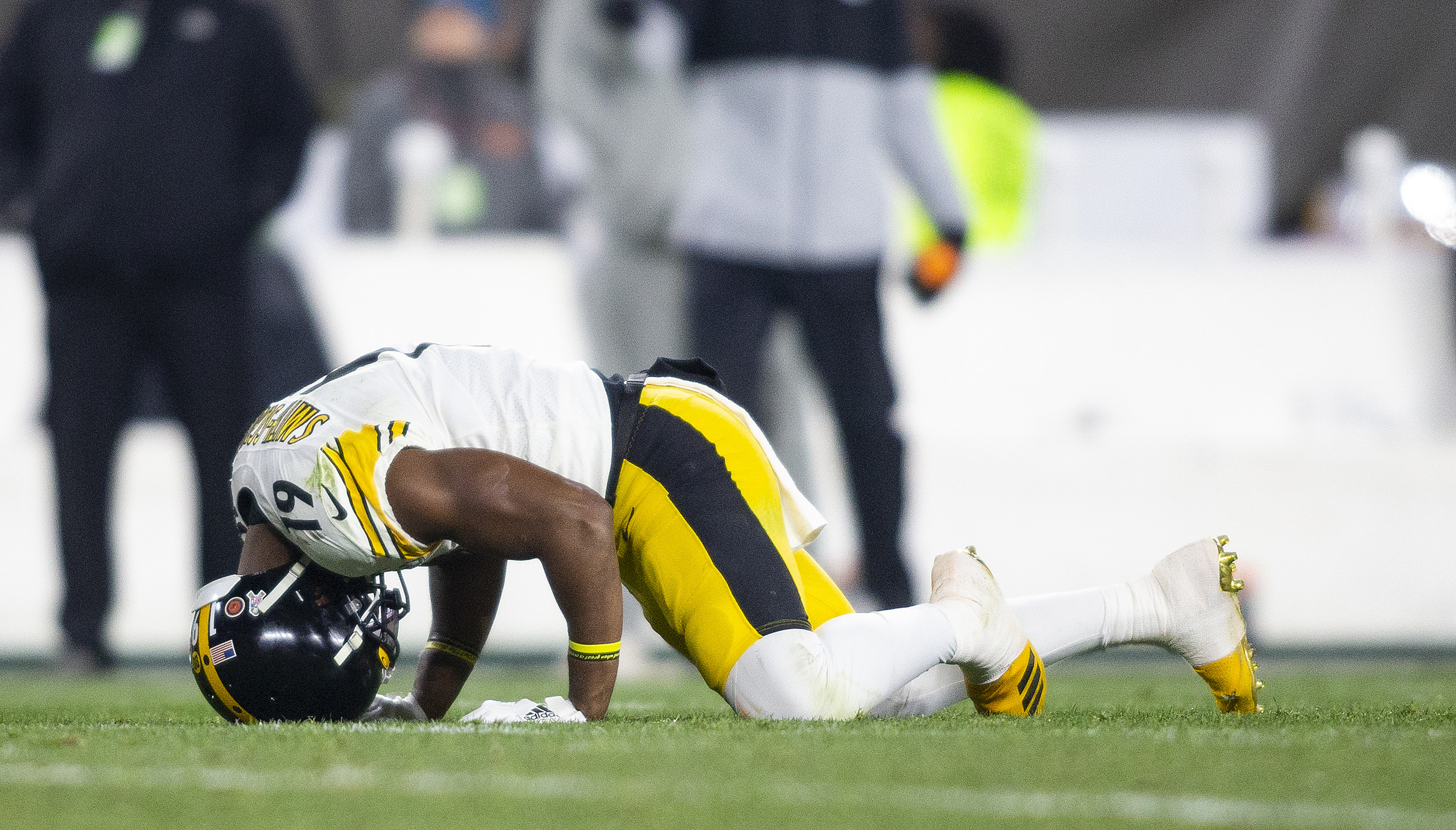 Steelers' JuJu Smith-Schuster Out vs Bills: 'I Just Pushed Myself Too Hard.'