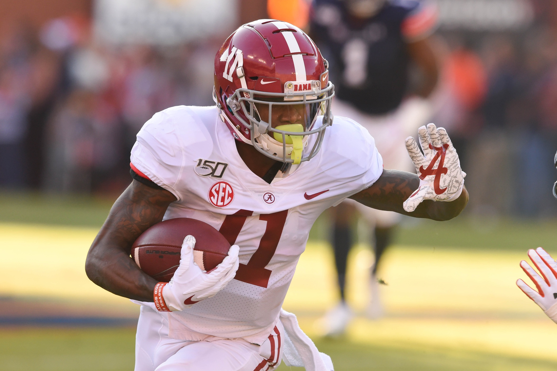 Alabama WR Henry Ruggs III Might not be an Option for Broncos in First Round; Here's why