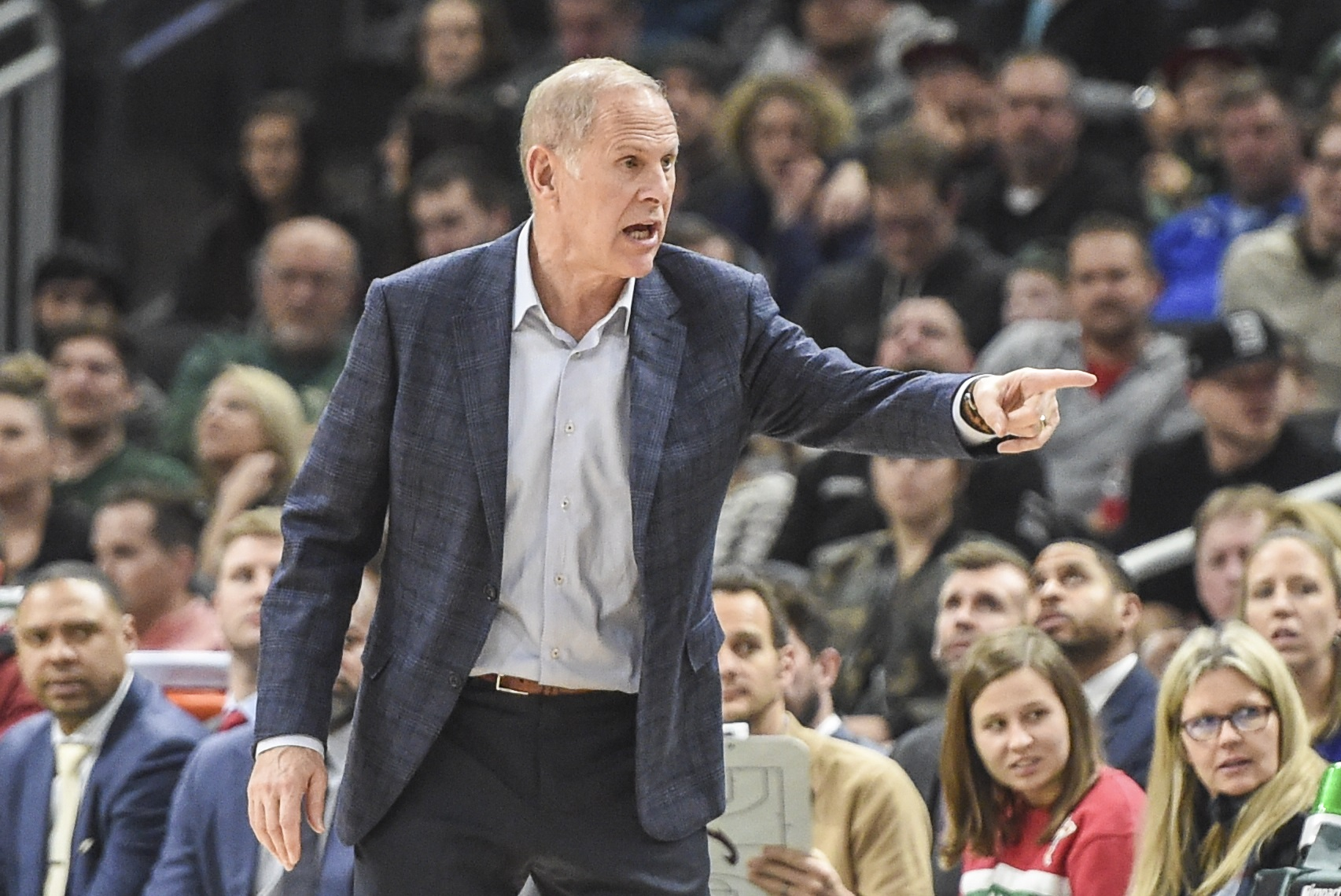 Cavaliers' Beilein Weighing Whether To Remain Coach
