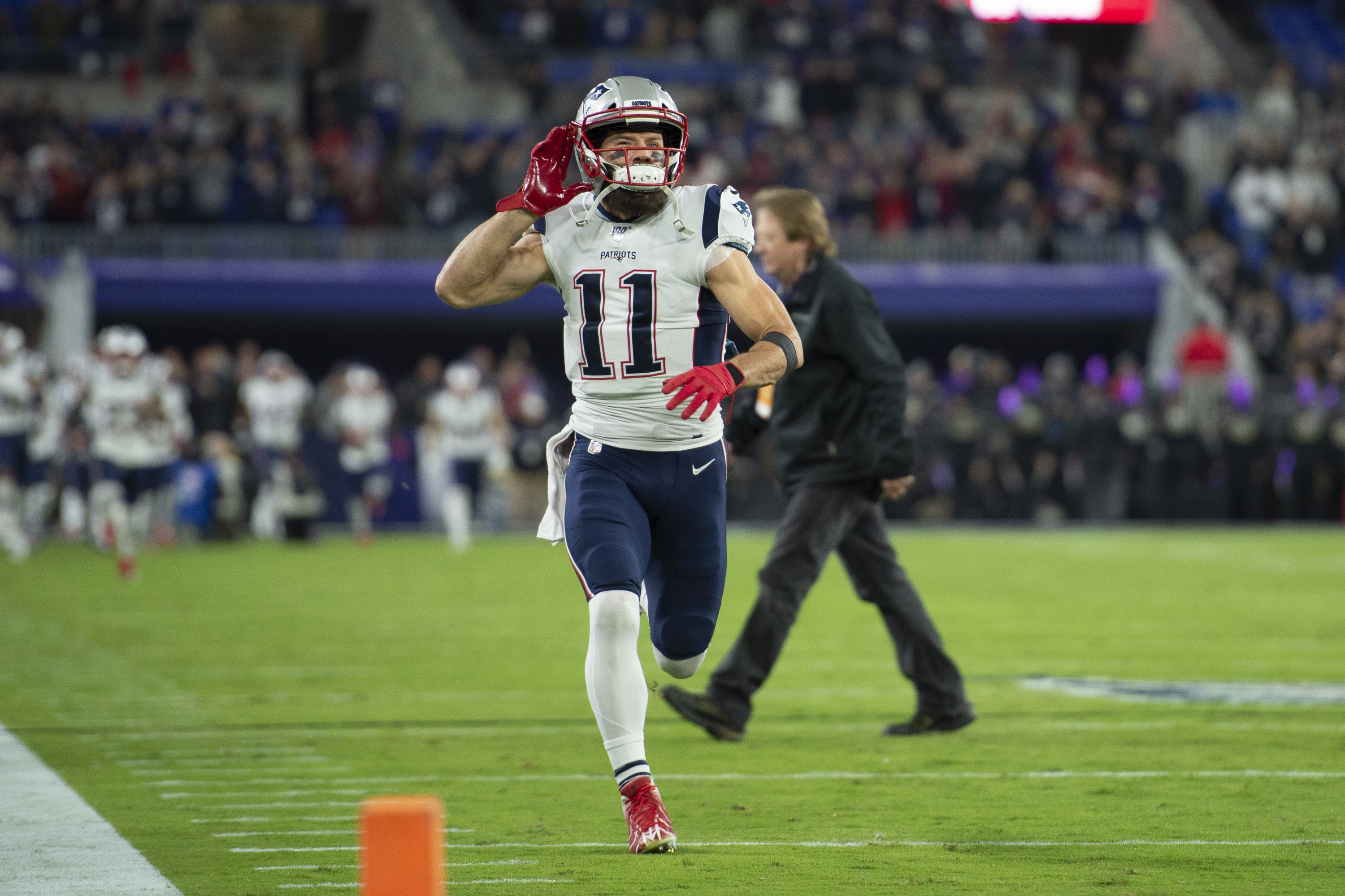 Report: Julian Edelman Dealing With Partially Torn Rib Cartilage Since Week 3