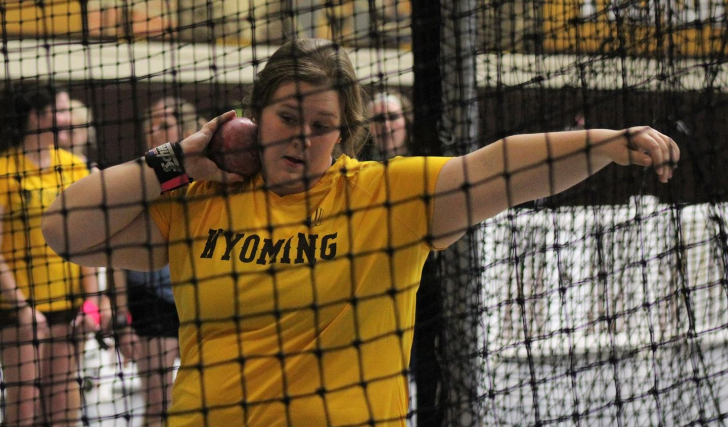 Wyoming Track and Field Teams Make Impression at Air Force Invitational