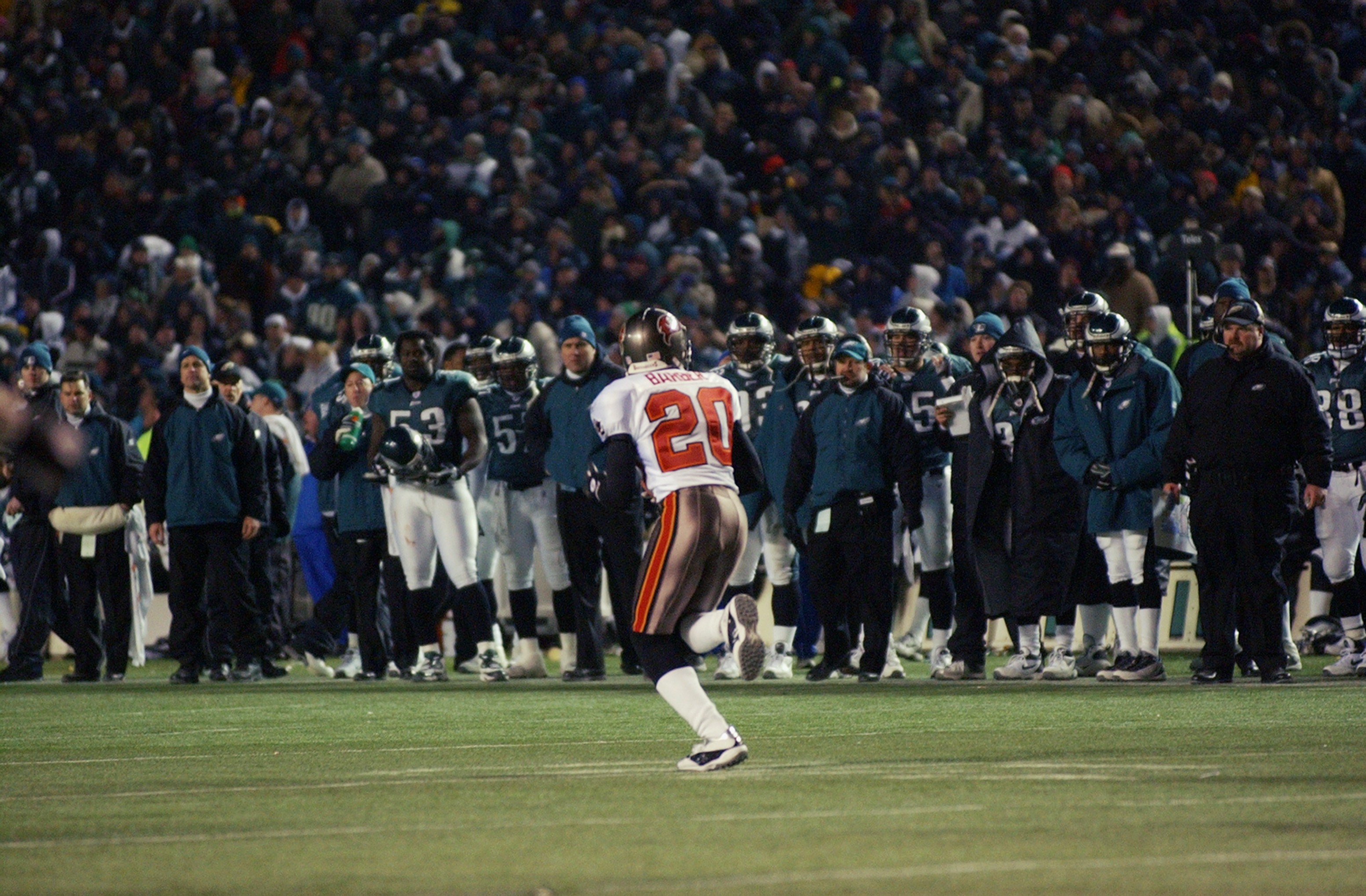 17 Years Ago, Rondé Barber Changed the World for Bucs Fans