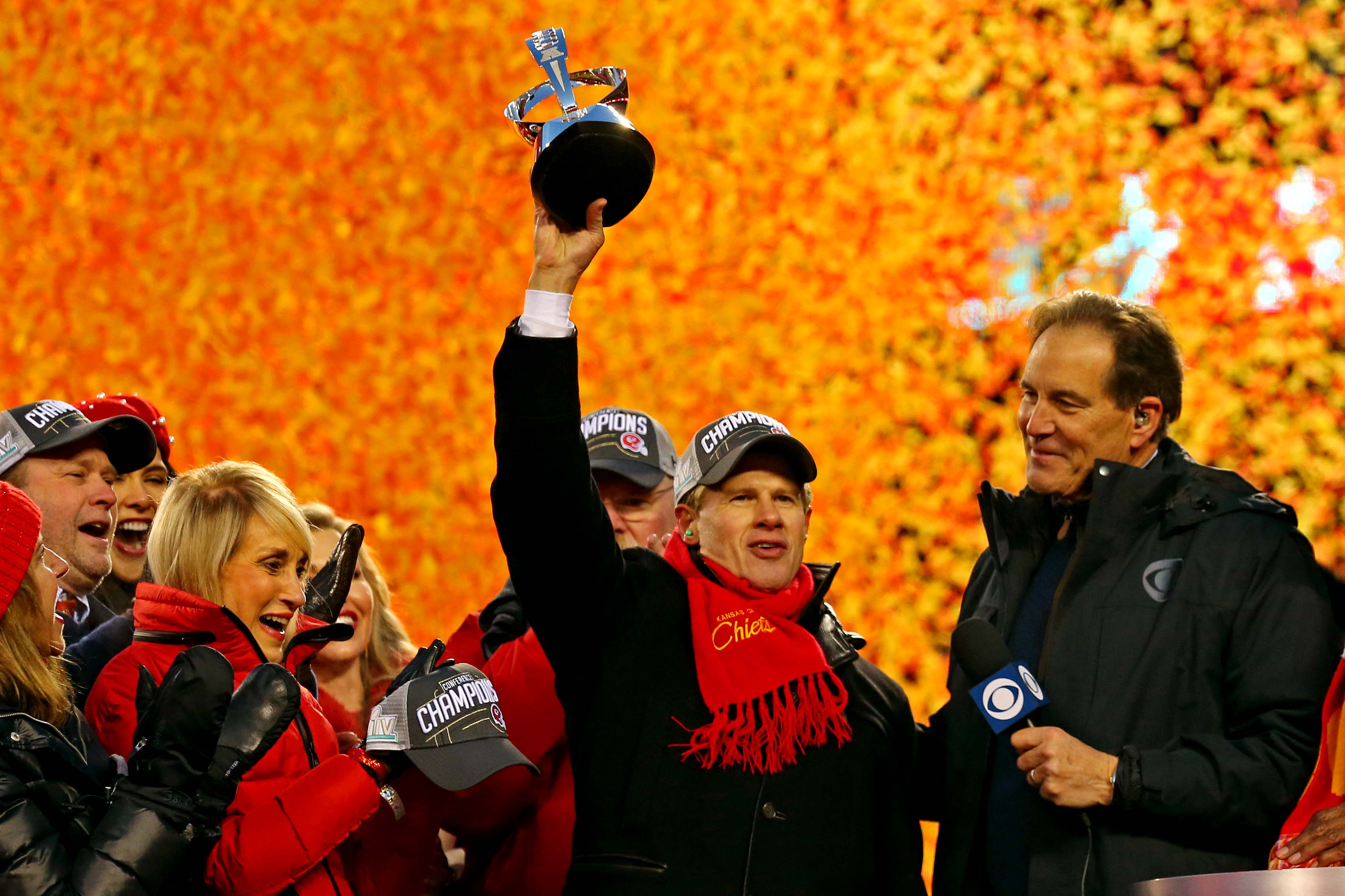 Super Bowl Holds Special Meeting for Family of Lamar Hunt