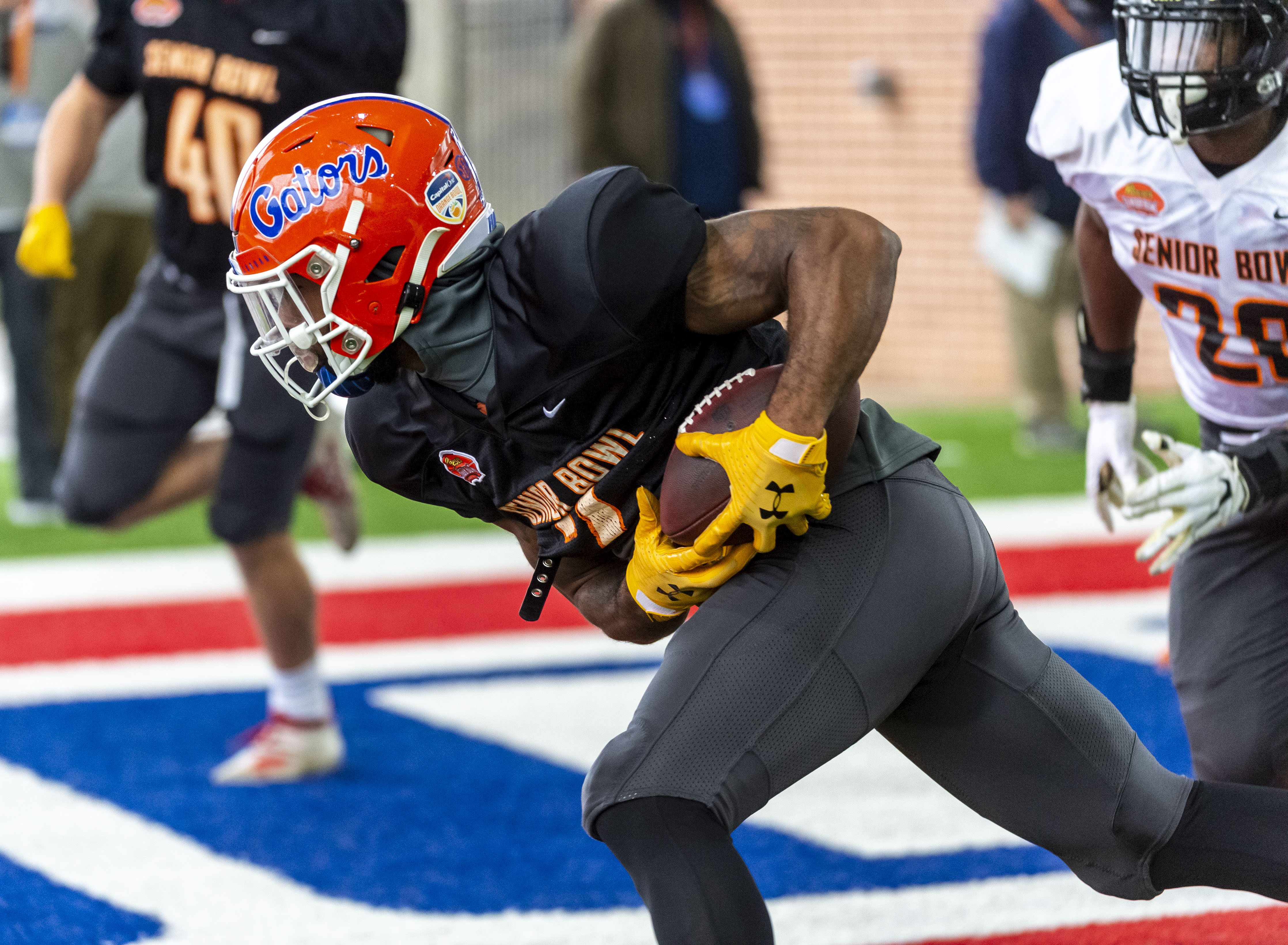 Jefferson, Perine Named Senior Bowl Practice Players of the Week