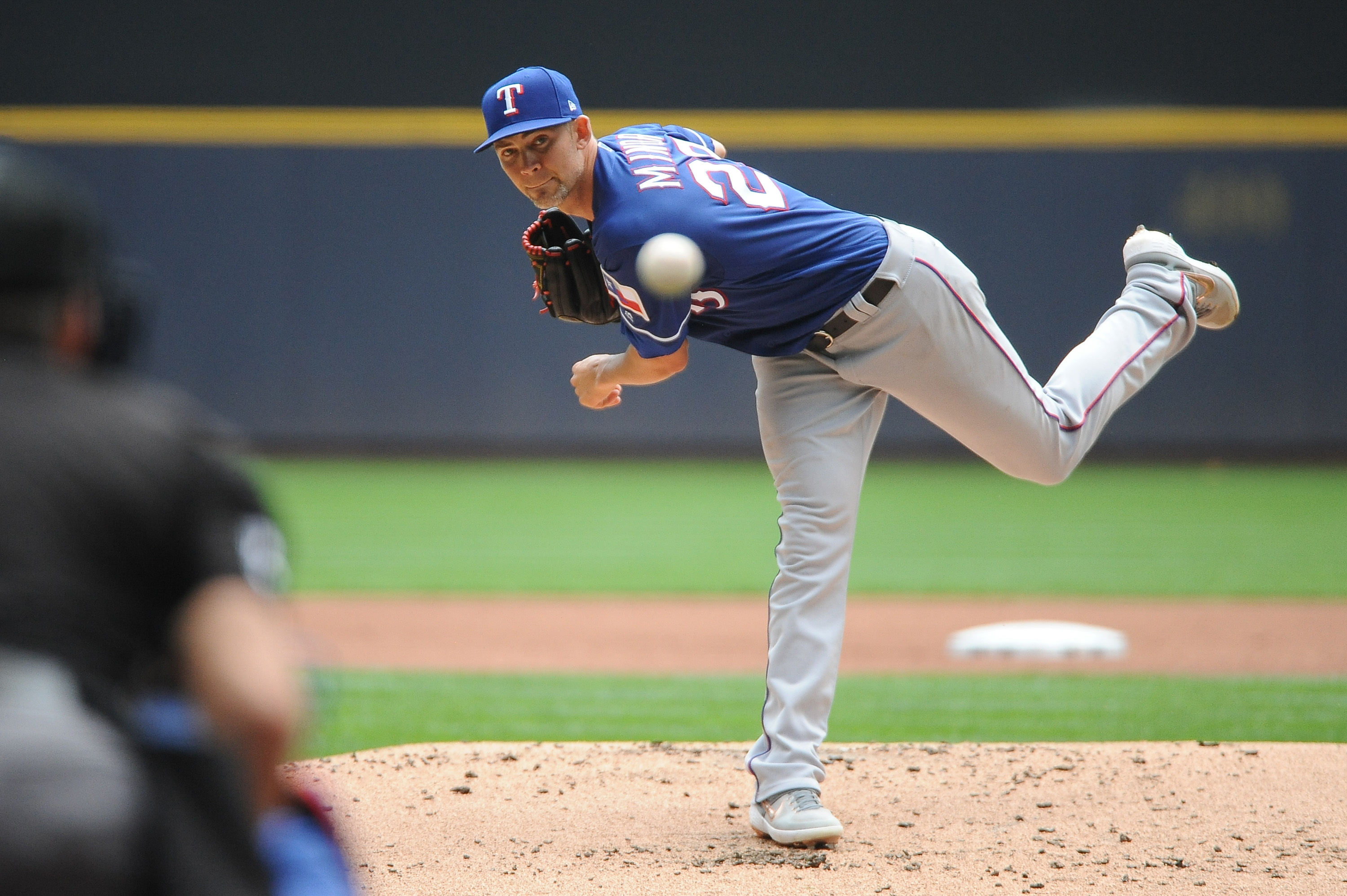'I Want To Be a Part Of It'; Mike Minor Interested in Extension With the Rangers