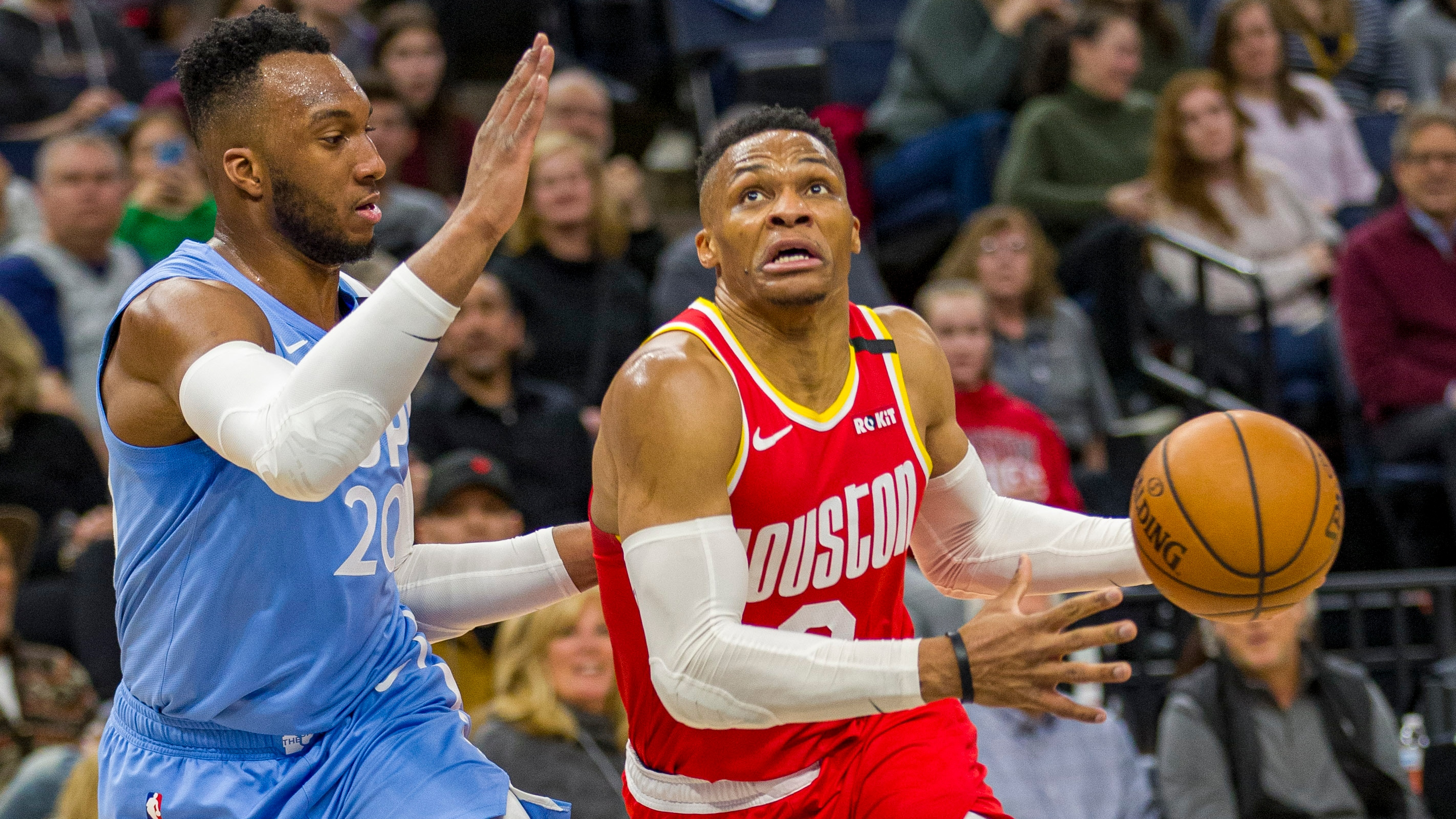 Russell Westbrook Continues Hot Stretch, Leads Rockets Past Timberwolves
