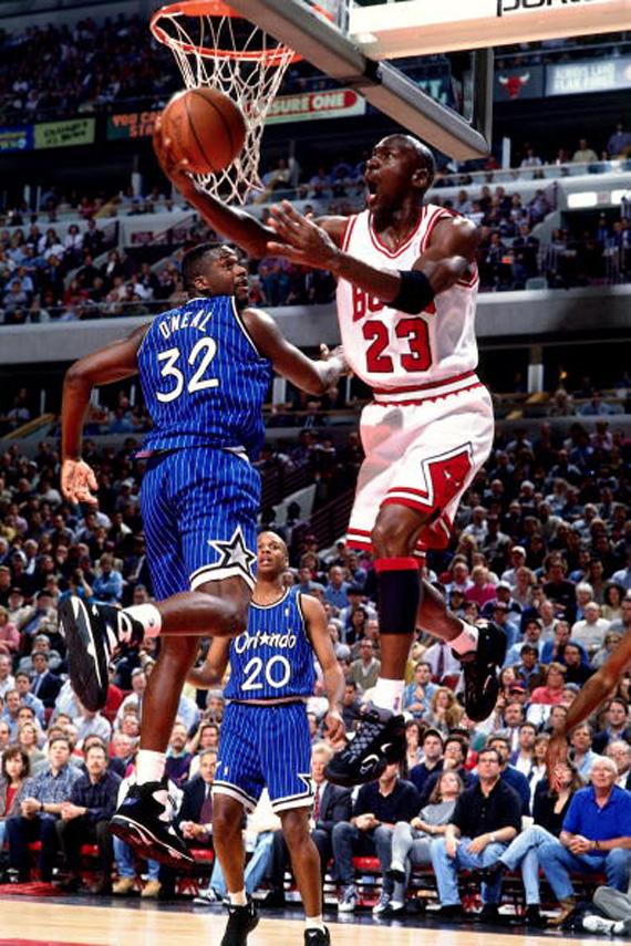 best service 26d8a 9d453 1Cent Tuesdays: The Sneaker Agreement Between Jordan & Penny ...
