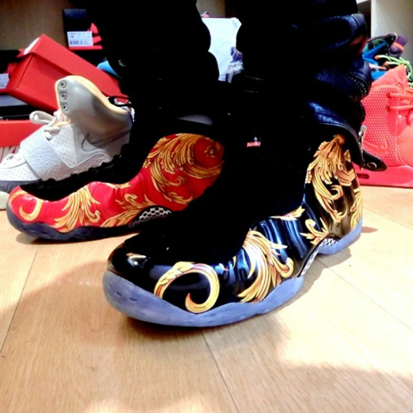 new style adeb0 c3833 Supreme x Nike Air Foamposite One - On Feet Images ...