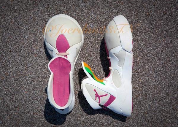 f6c55c62c66 Bugs Bunny's Pair Of Air Jordan 7
