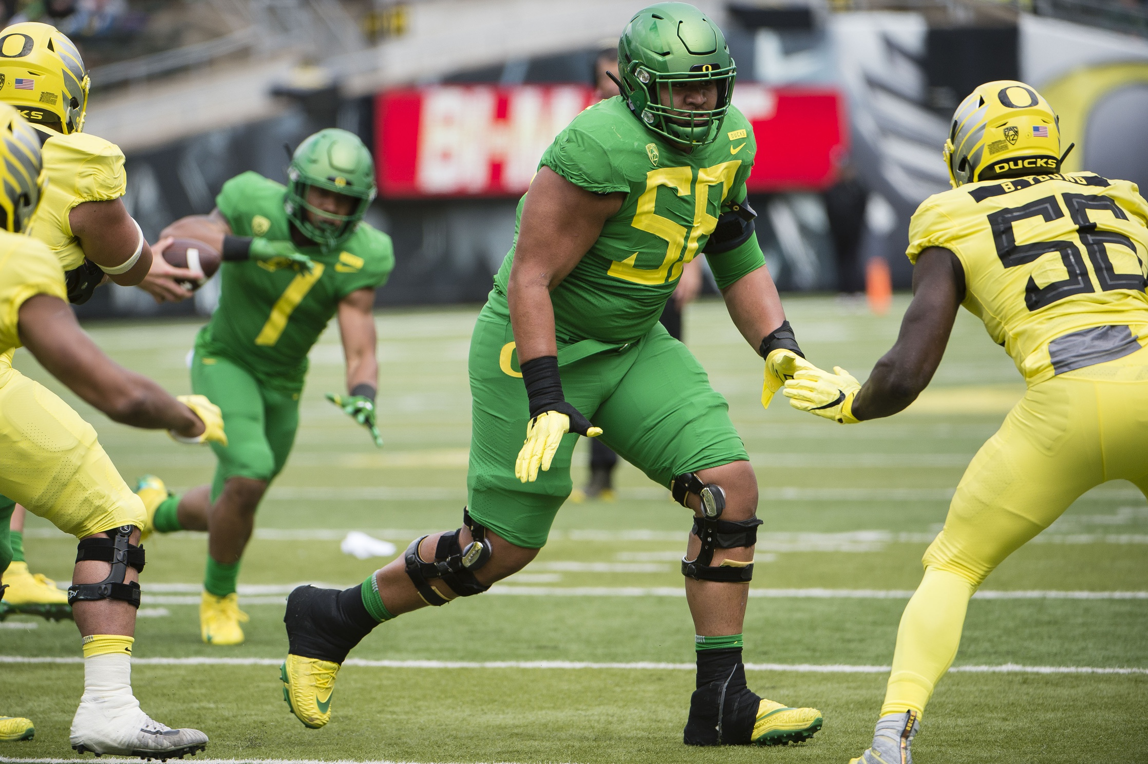 Countdown To College Football Kickoff Top Nfl Prospects At Oregon
