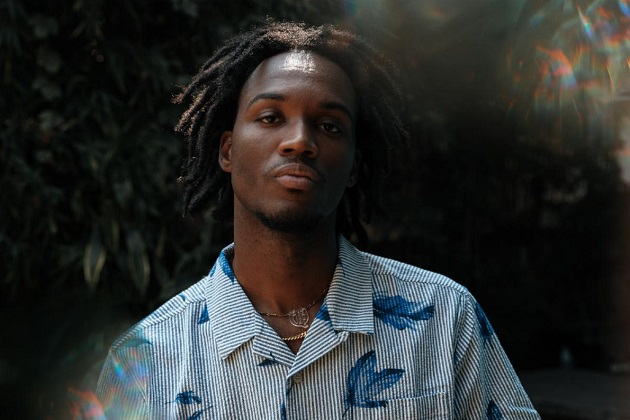 """Saba Returns With """"Mrs. Whoever/Something In The Water"""" 2-Pack Featuring Denzel Curry"""