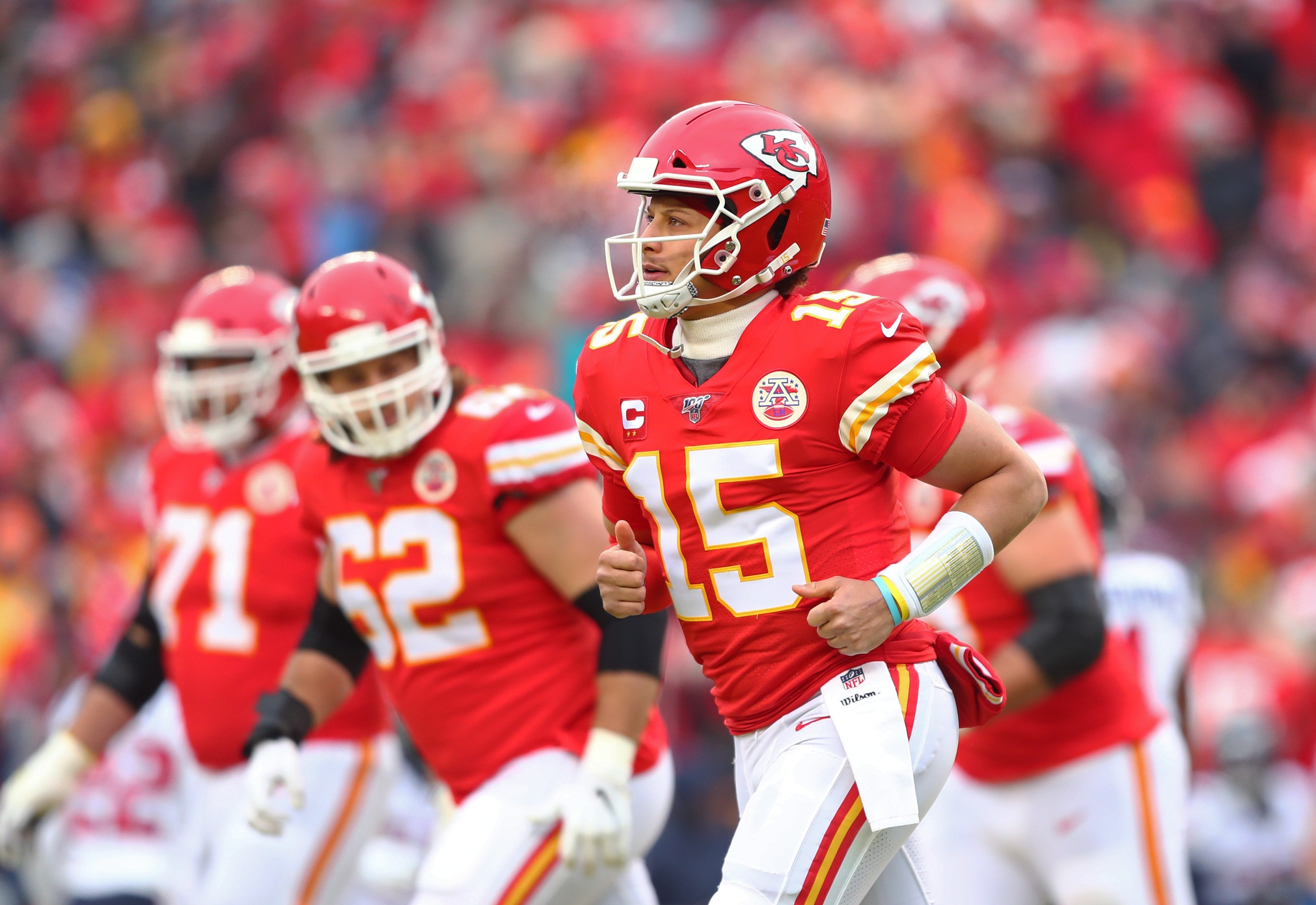 """""""New England Who?"""" '90s Chiefs Would Dominate with Mahomes, Neil Smith Says"""