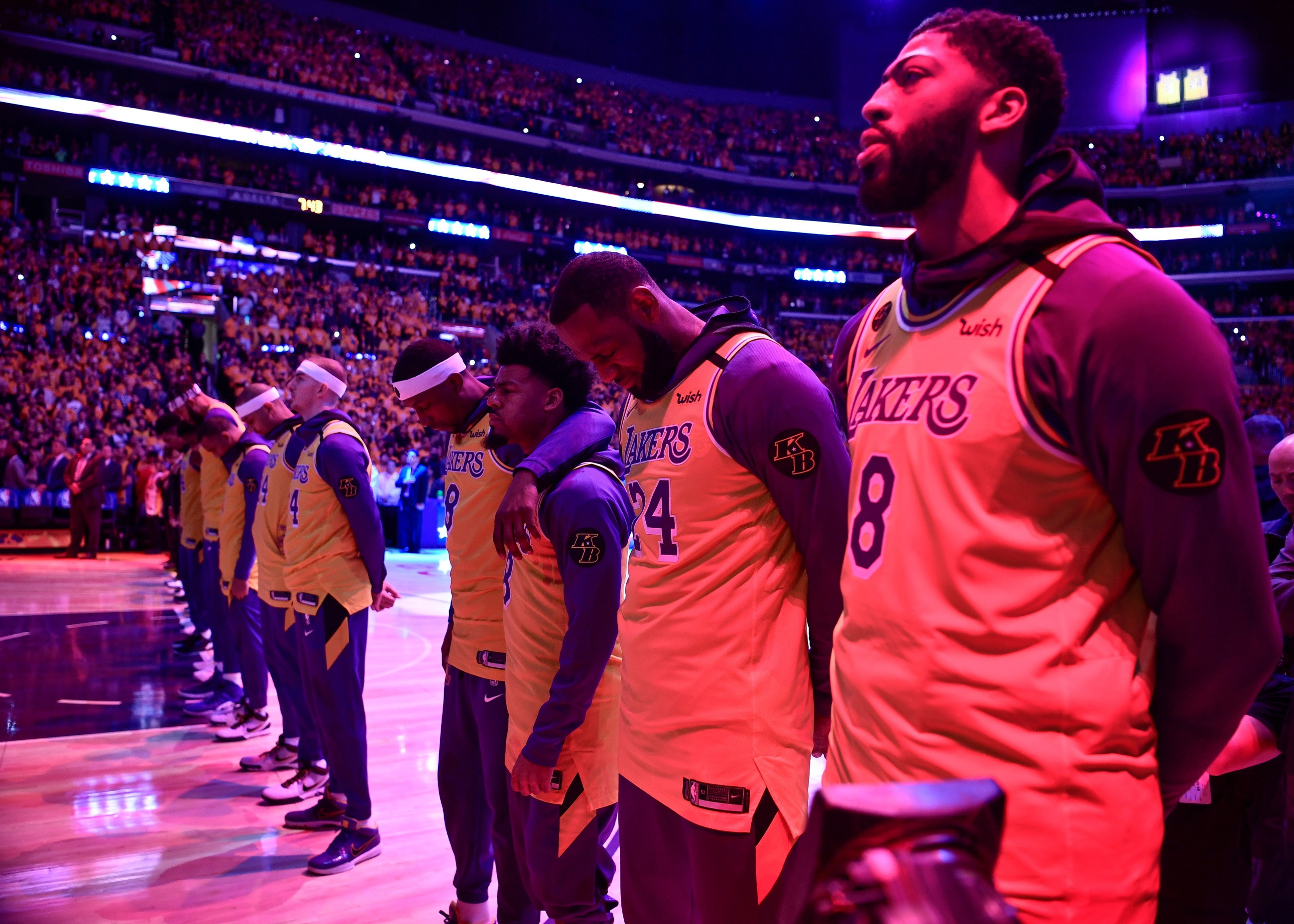 Anthony Davis Wanted To Make Kobe Bryant Proud After The Lakers' Emotional Tribute