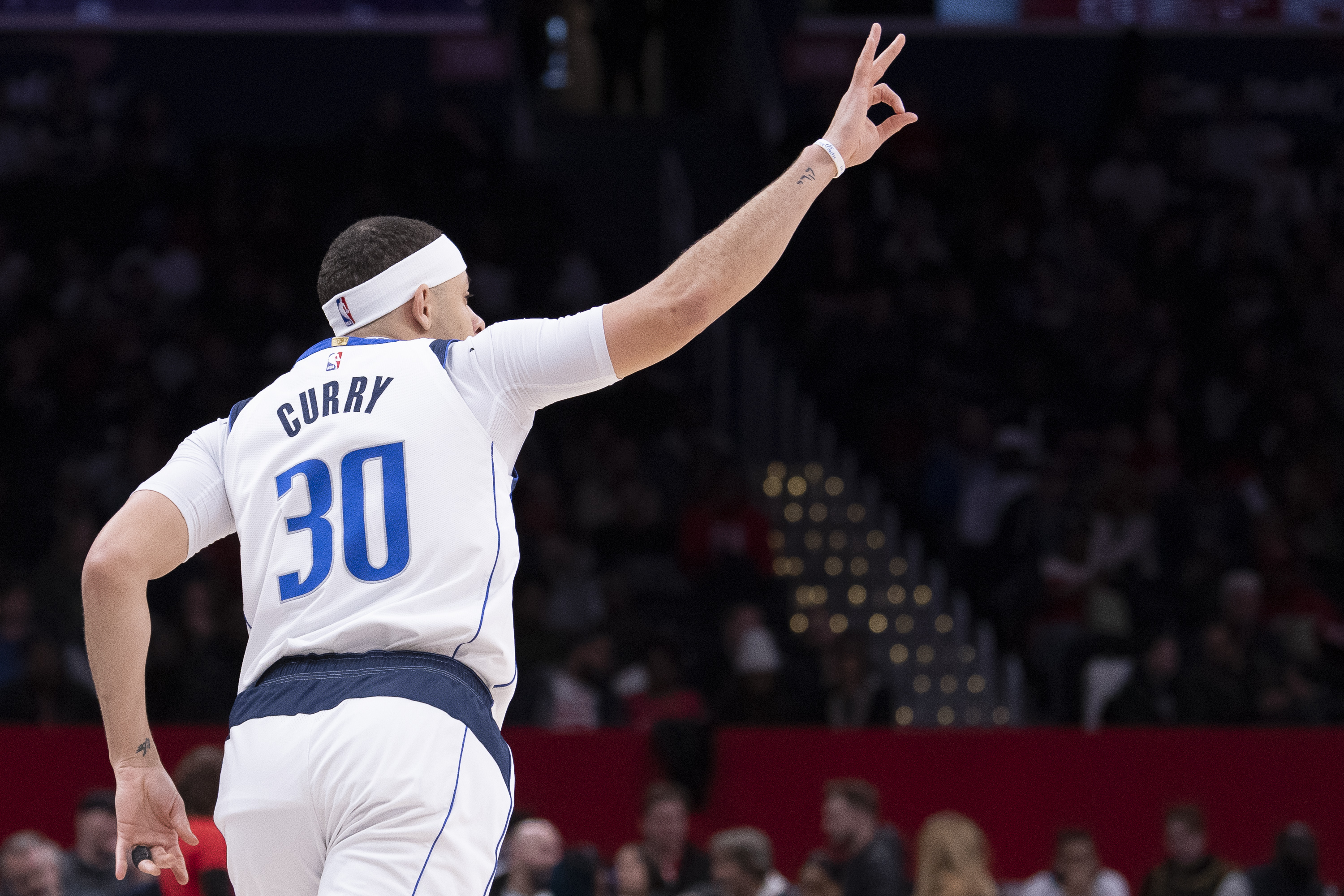 Mavs Monday Pre-NBA All-Star Donuts: Excitedly Waiting on Luka Doncic