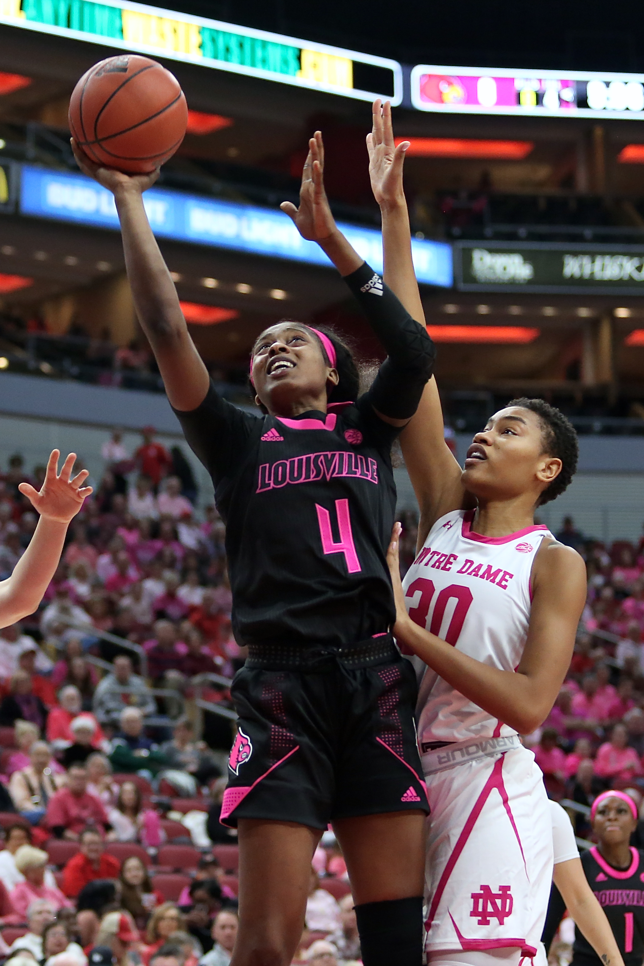 Louisville defeats Notre Dame in second straight win