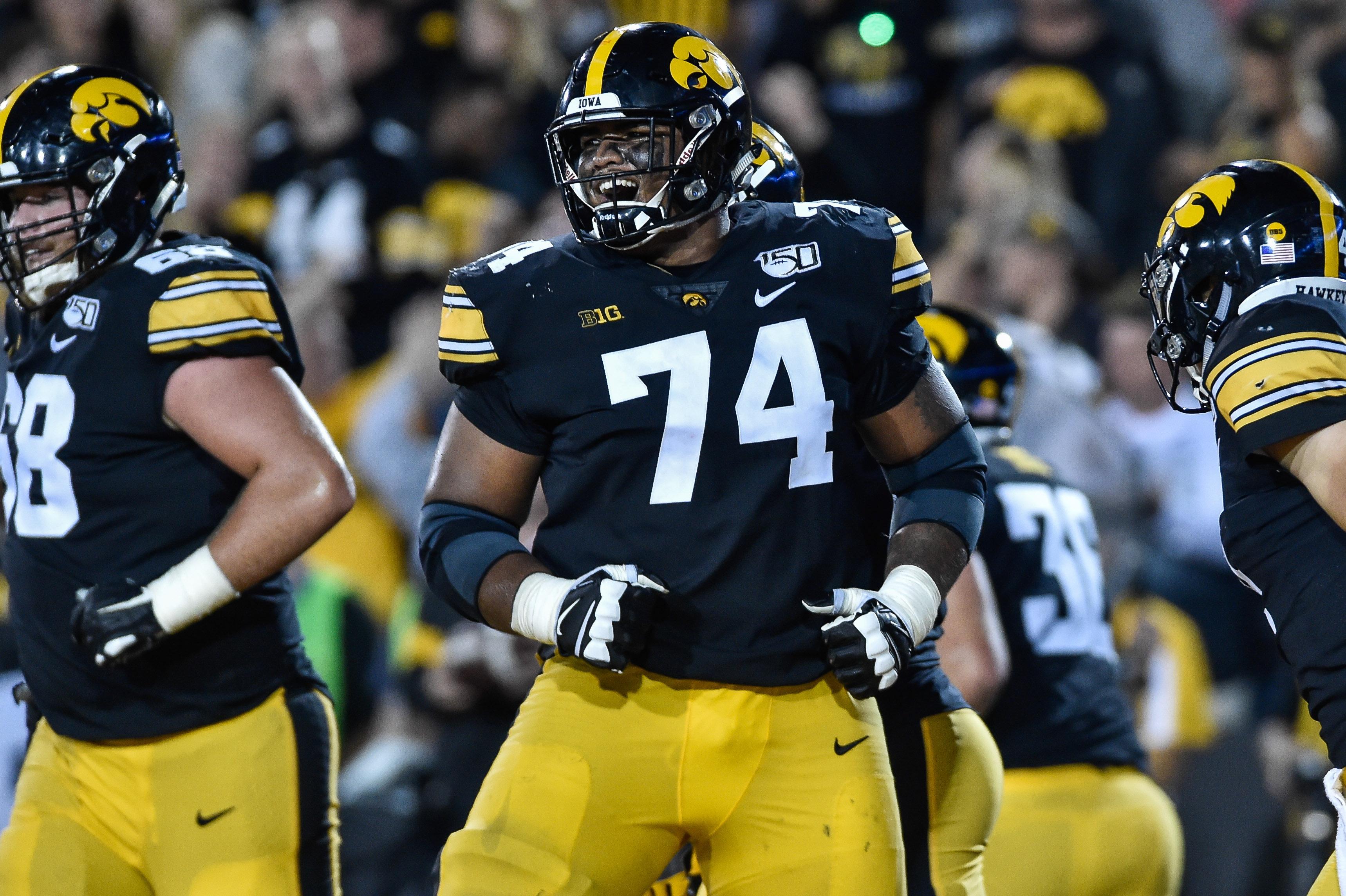 2020 NFL Mock Draft: Trades, QB Picks Among 1st-Round Surprises