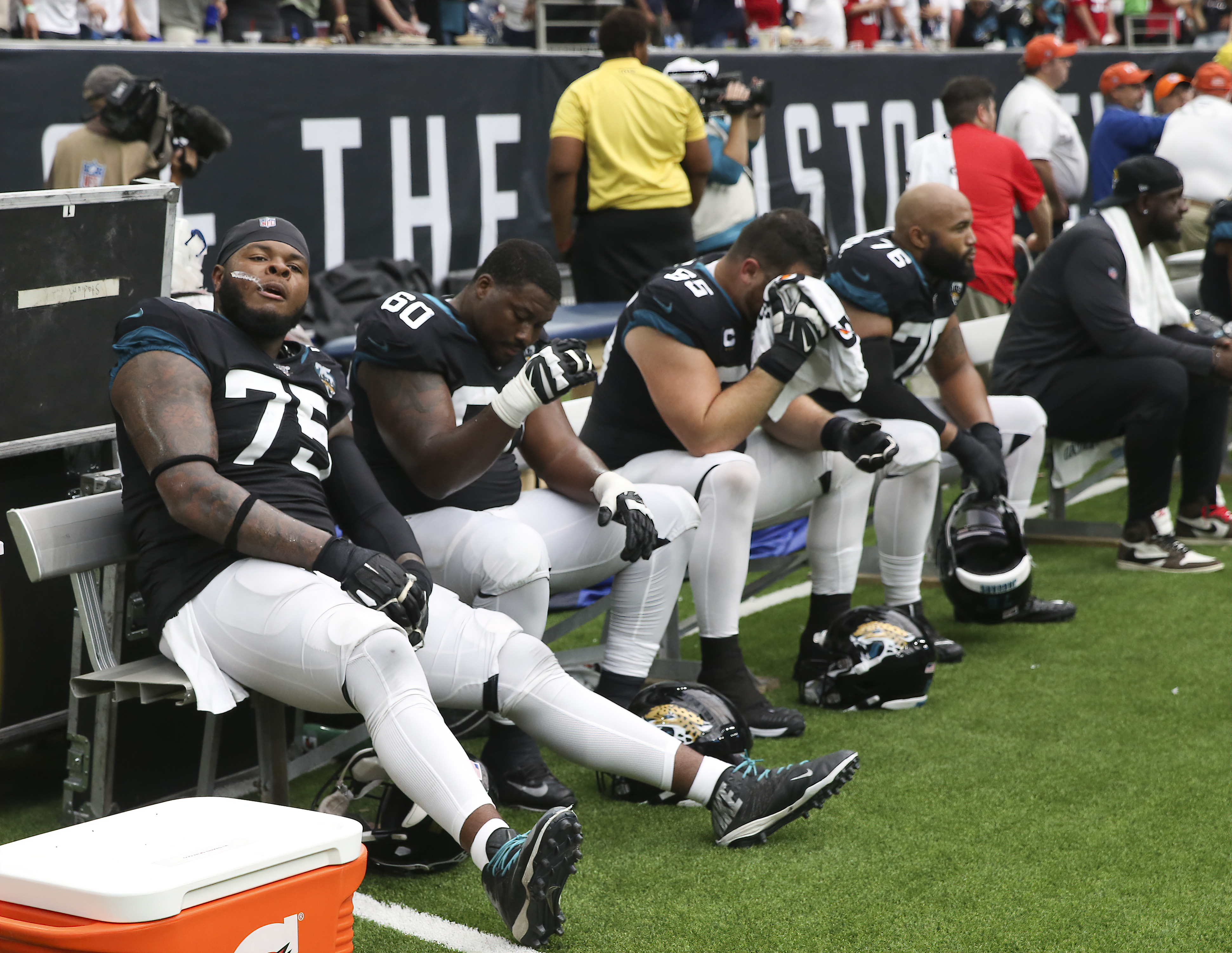 How Do the Jaguars' Coaches and Executives View the Offensive Line Heading Into the Offseason?