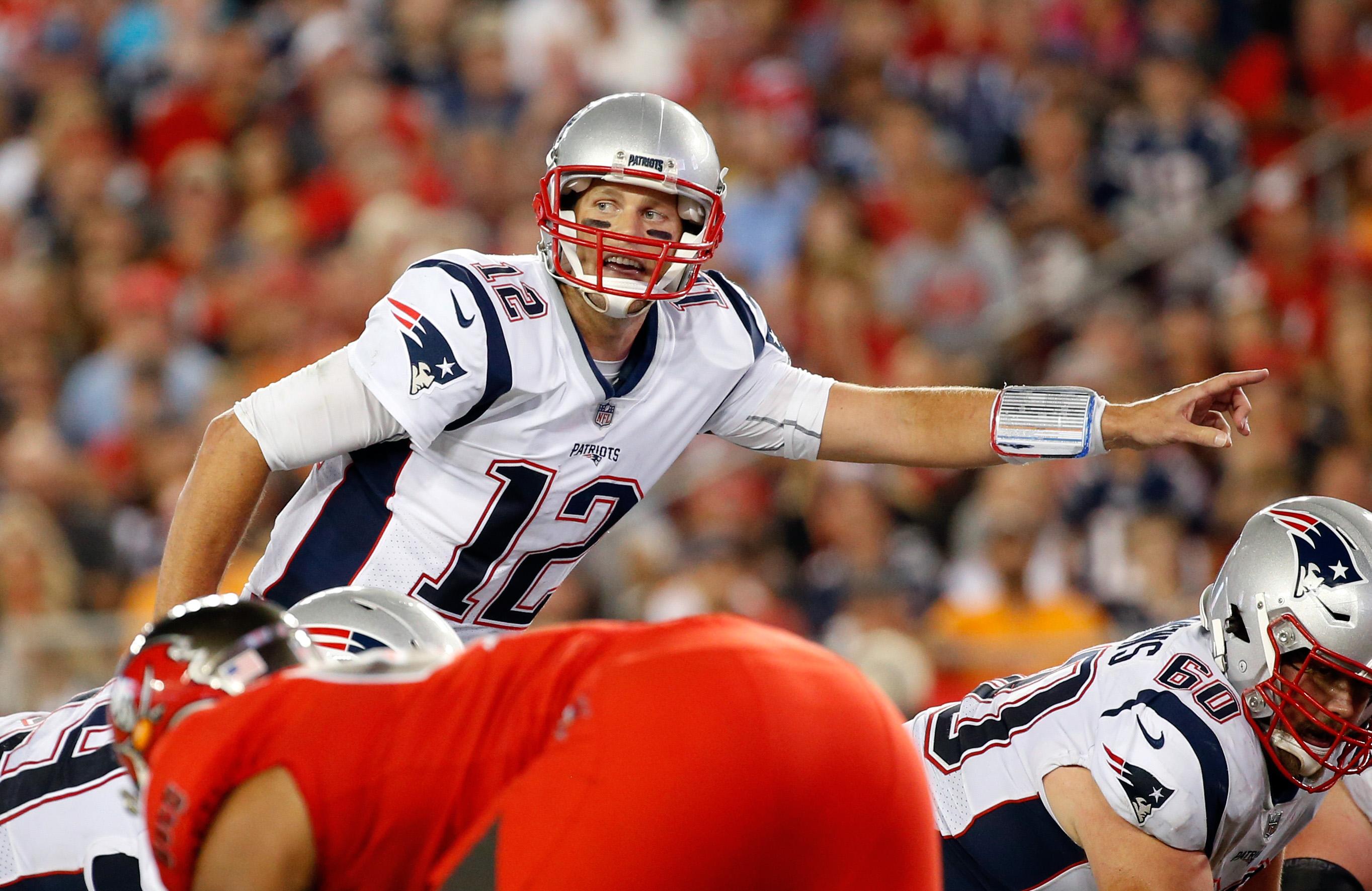 Tom Brady to Bucs Buzz Just Won't Go Away