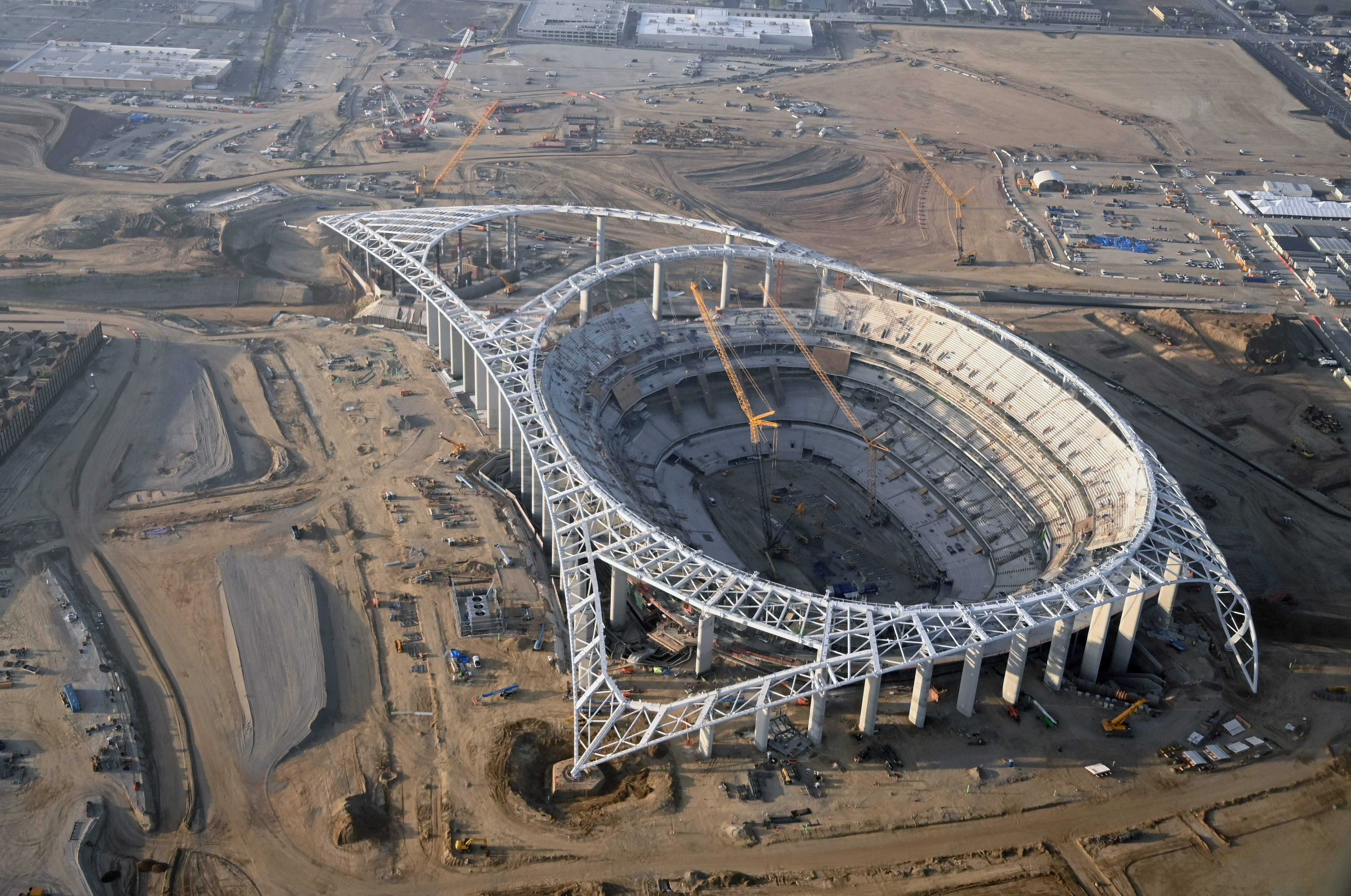 SoFi Stadium Project Releases Statement on Worker Infected with COVID-19, Construction to Continue image