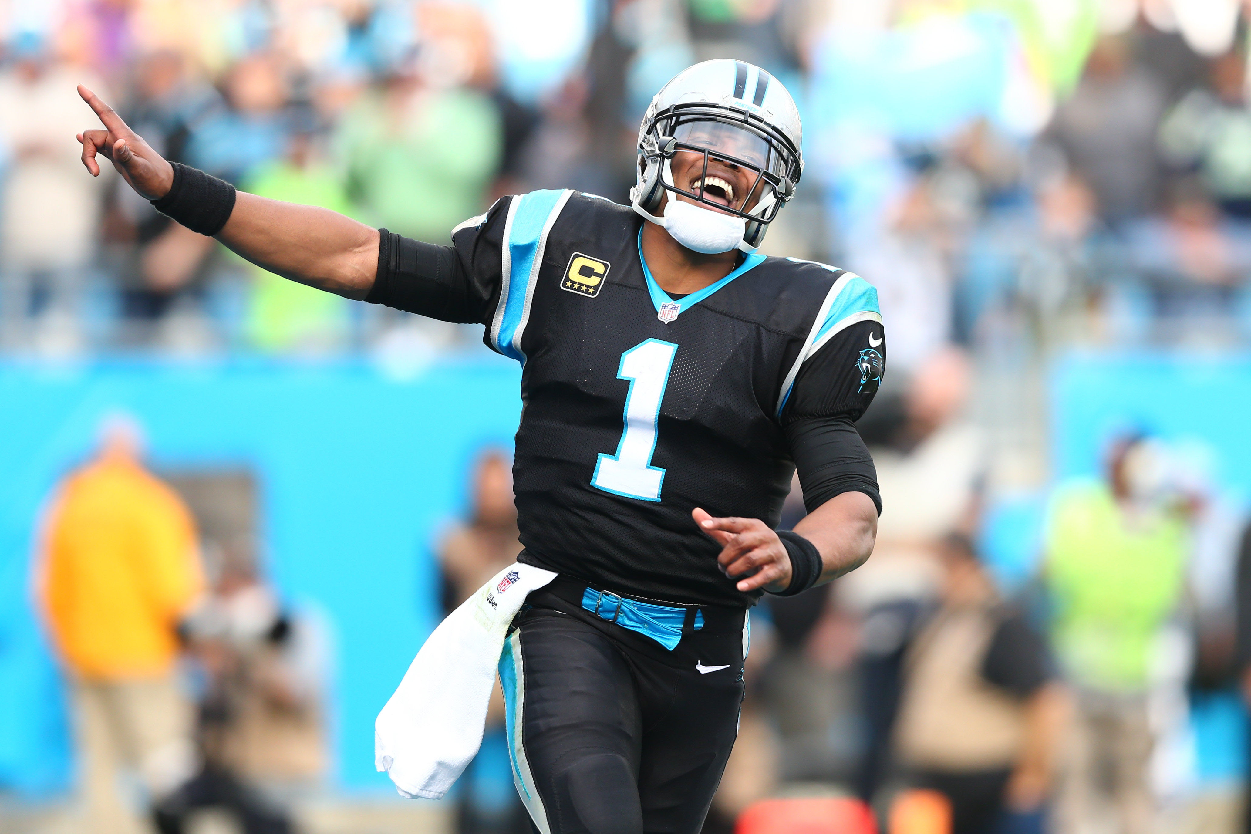 Report: Patriots Don't Have 'Any Immediate Interest' in QB Cam Newton