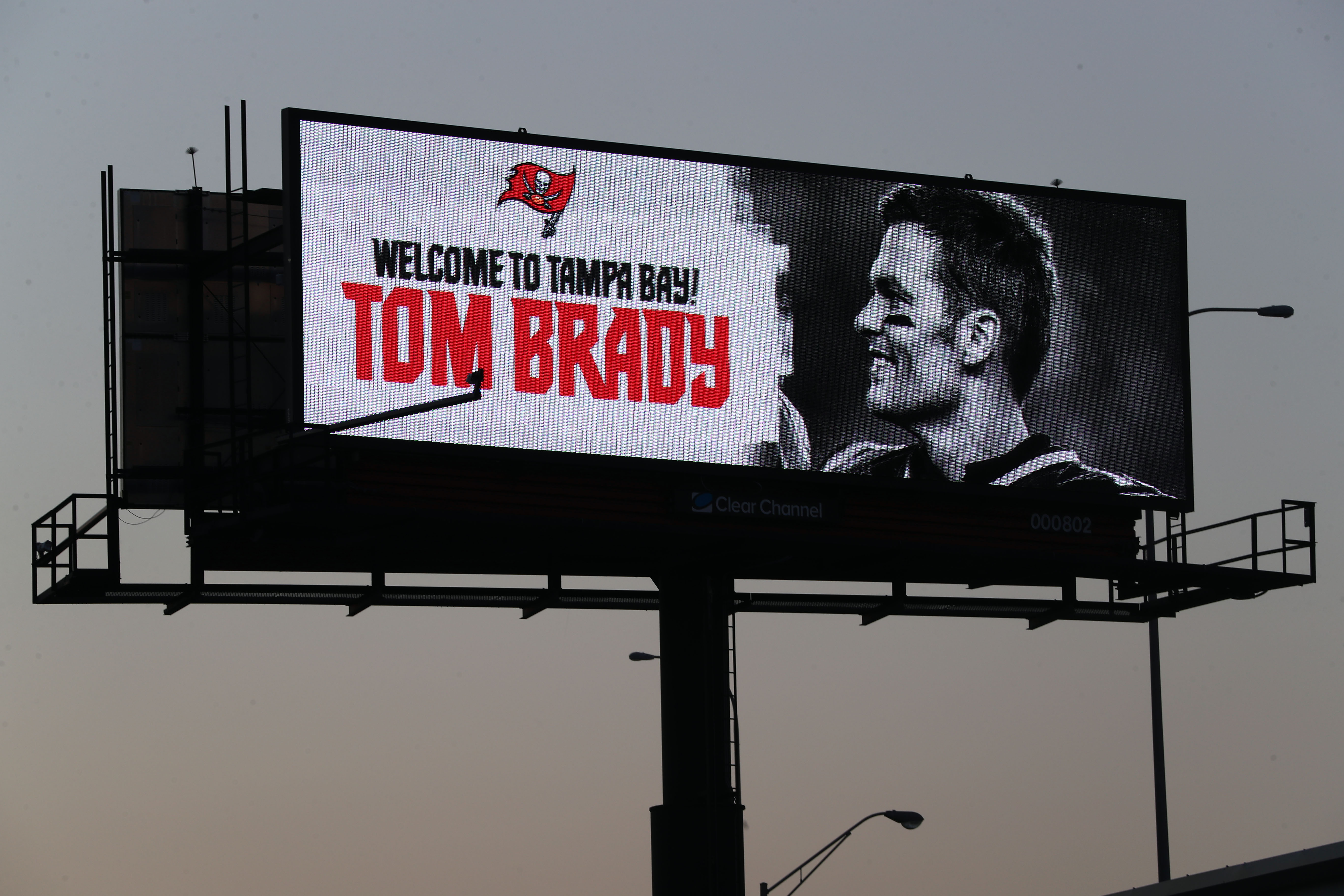 Tom Brady Sr. Gives Objective Perspective on Son Leaving Patriots