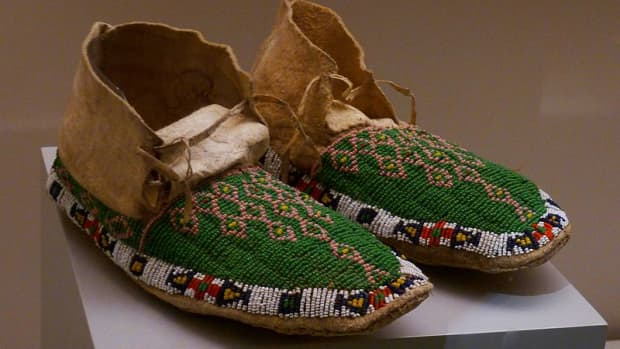 how-to-make-moccasins-that-cuddle-your-feet