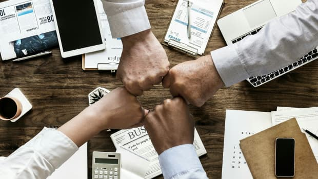 ideas-for-team-building-exercises-for-sales-people