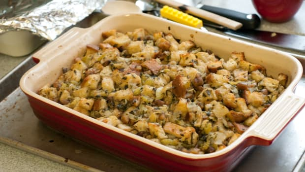 mashed-potato-stuffing-for-thanksgiving-or-any-time-of-year