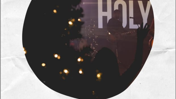 ten-great-christmas-songs-by-contemporary-christian-music-artists