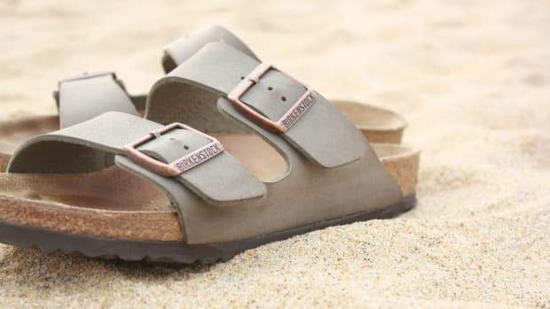 how-to-choose-the-best-sandals-for-plantar-fasciitis