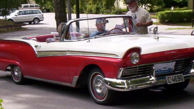 二战后福特与雪佛兰的竞争