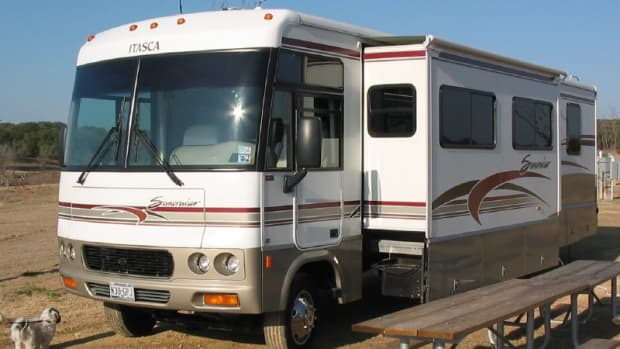 safe-driving-tips-for-operating-a-motorhome-rv