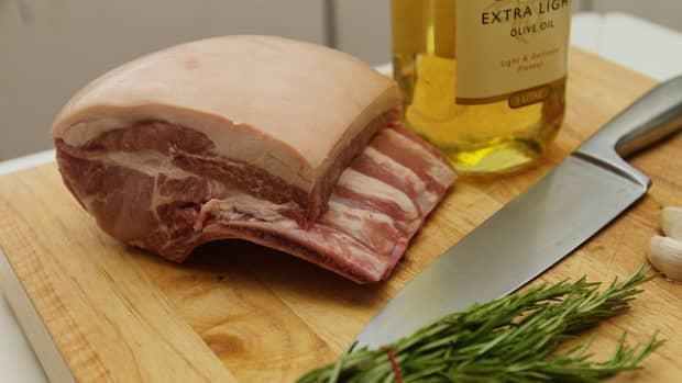 how-to-cook-a-bone-in-pork-rib-roast