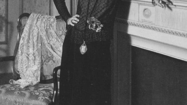 women-and-fashions-of-the-world-war-i-era-clothing-of-1914-1920