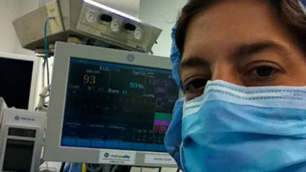 an-anesthesiologists-job-what-does-an-anesthesiologist-do-a-day-in-the-life