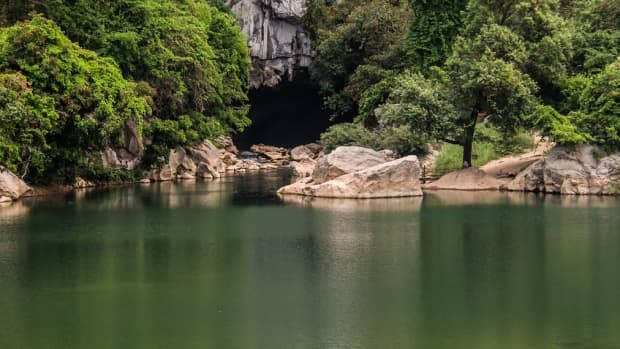 exploring-laos-caves-options