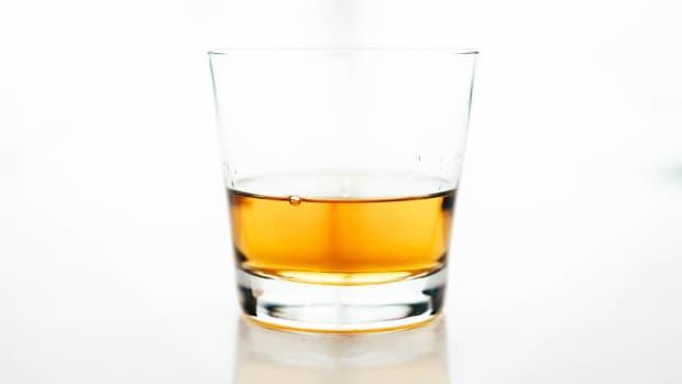 bourbon-vs-whiskey